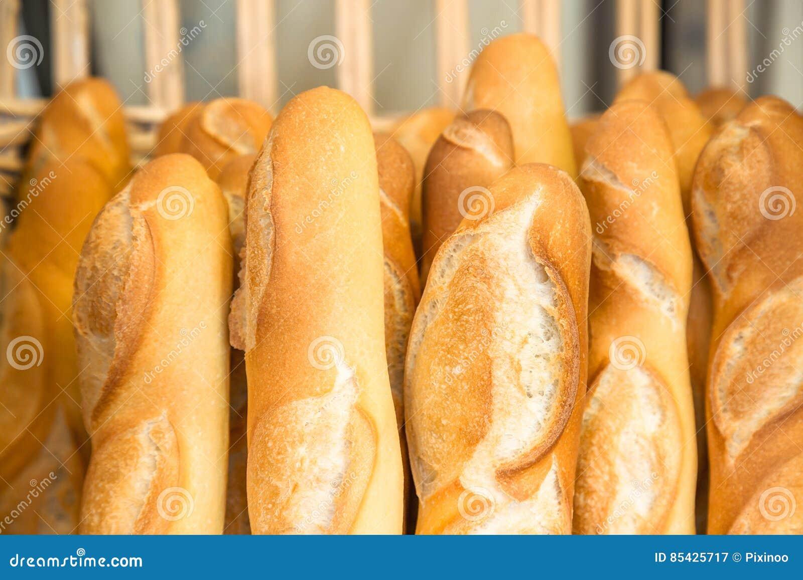 Γαλλικά baguettes στο παραδοσιακό αρτοποιείο
