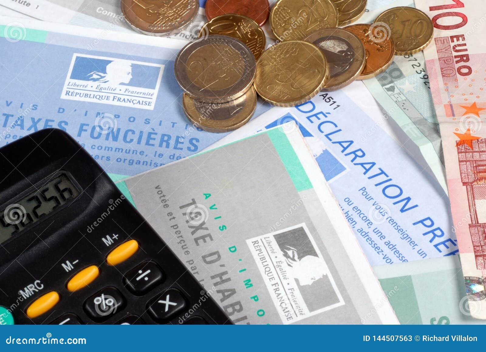 Γαλλικές φορολογικές μορφές στενό σε επάνω