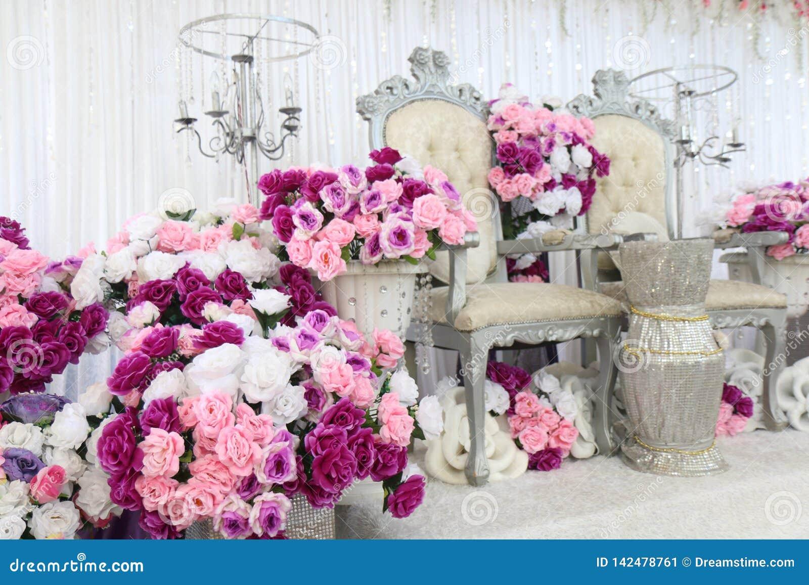 Γαμήλια περιοχή με τα λουλούδια, θέση για το γάμο