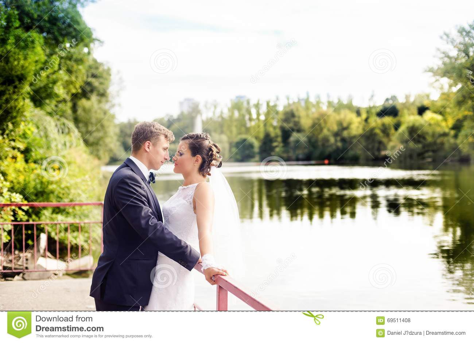 Γαμήλια σύνοδος στο πάρκο