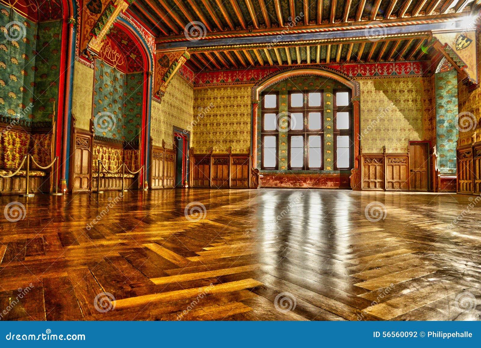 Download Γαλλία, ιστορικό κάστρο Pierrefonds σε Picardie Στοκ Εικόνες - εικόνα από ιστορικός, τουρισμός: 56560092