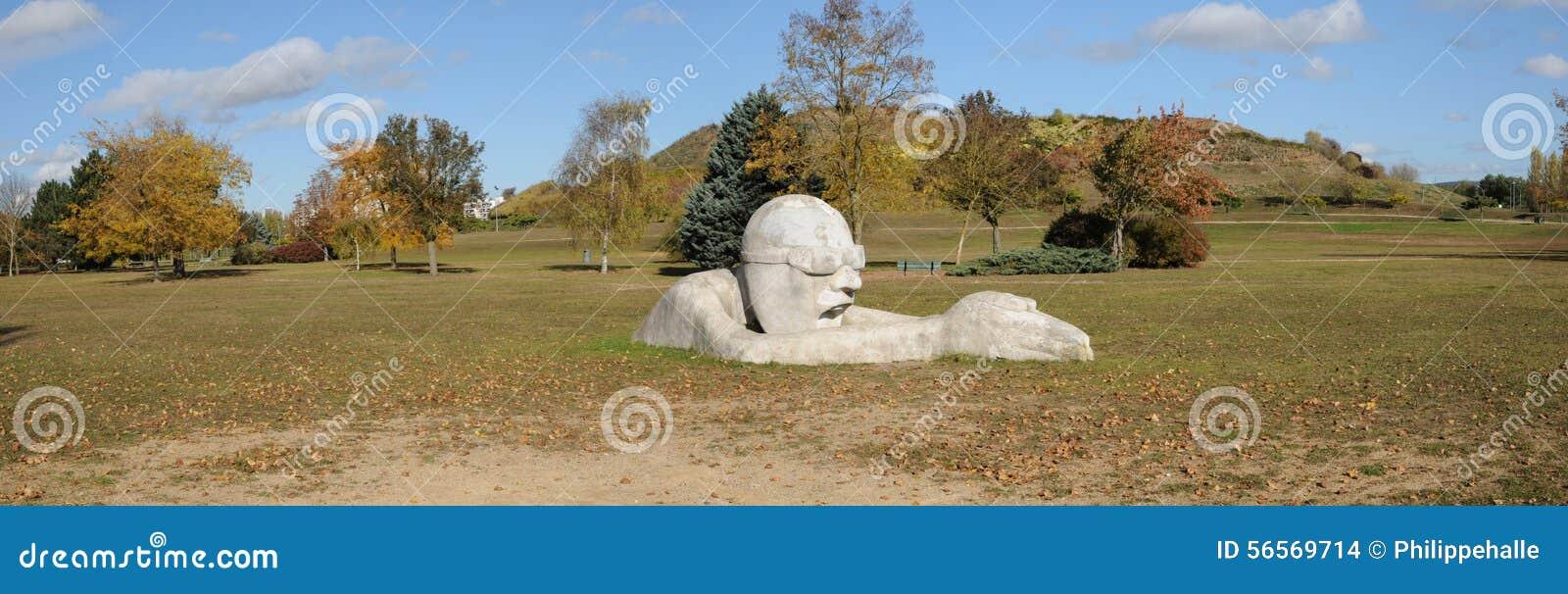 Download Γαλλία, πάρκο Sautour σε Les Mureaux Εκδοτική Στοκ Εικόνα - εικόνα από γαλλία, εξωτερικό: 56569714
