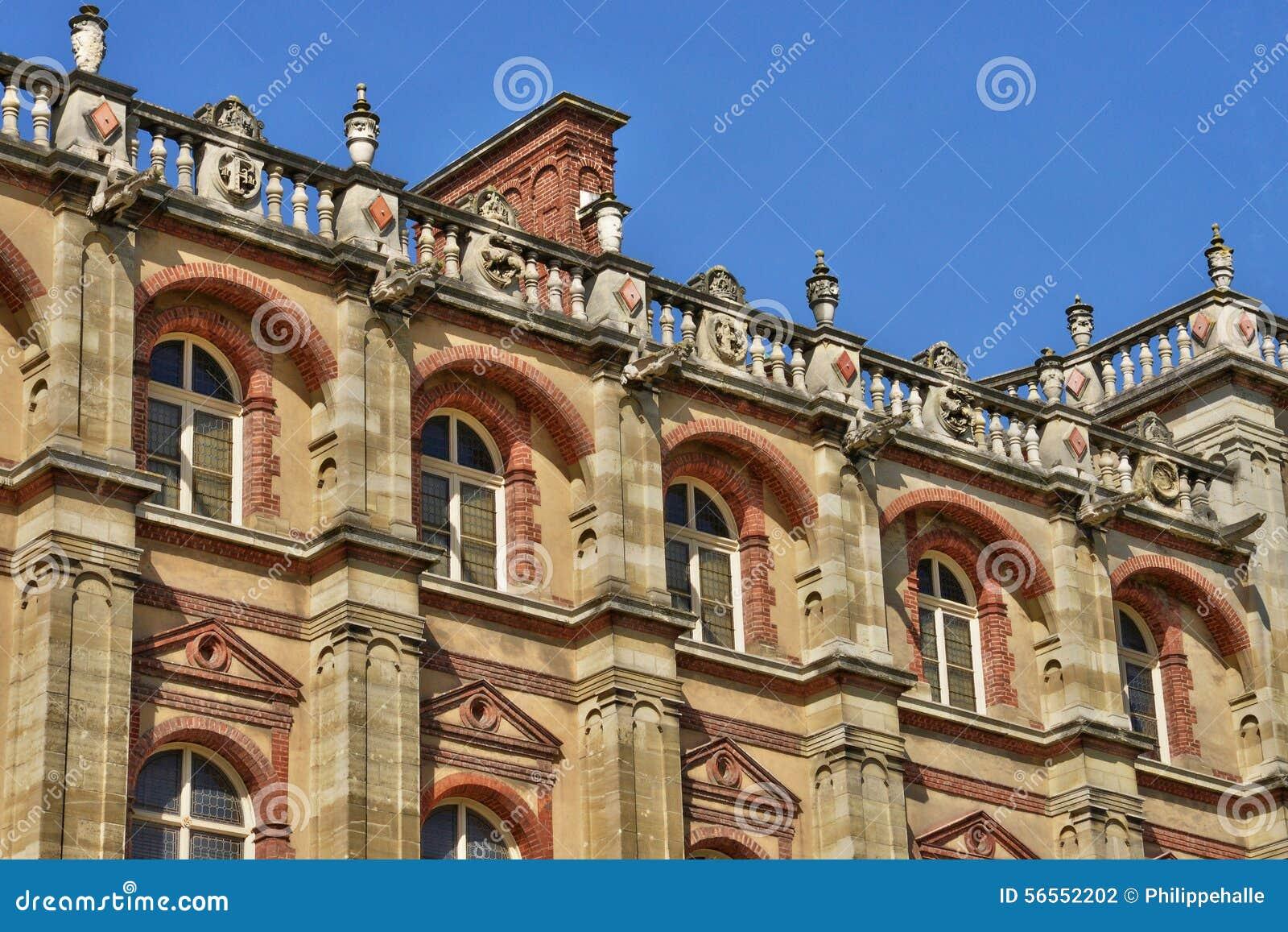 Download Γαλλία, το γραφικό κάστρο Αγίου Ζερμαίν EN Laye Στοκ Εικόνες - εικόνα από τουρισμός, ευρώπη: 56552202