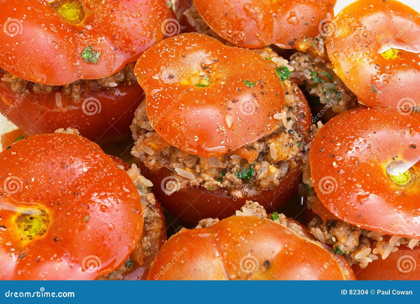 γεμισμένες ντομάτες
