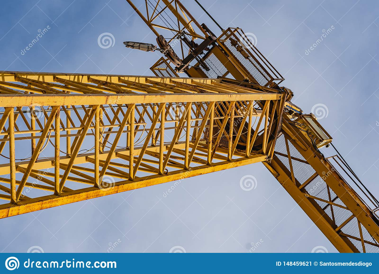 Γερανοί σε ένα εργοτάξιο οικοδομής