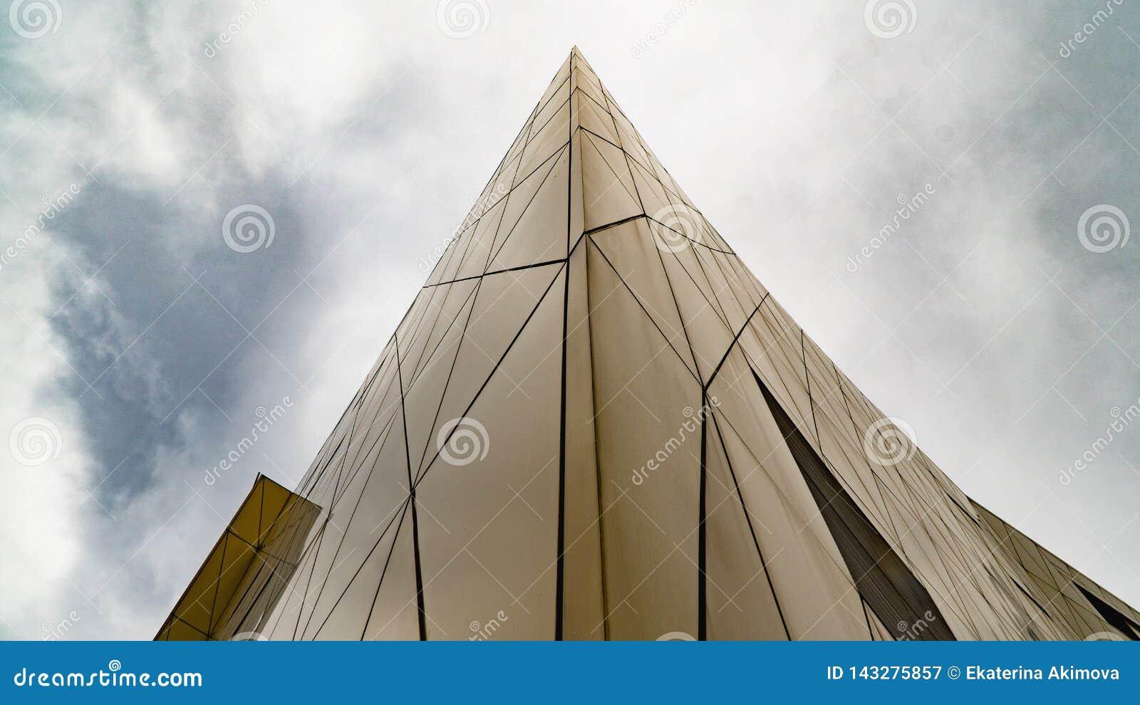 Γεωμετρία ψηλού κτιρίου