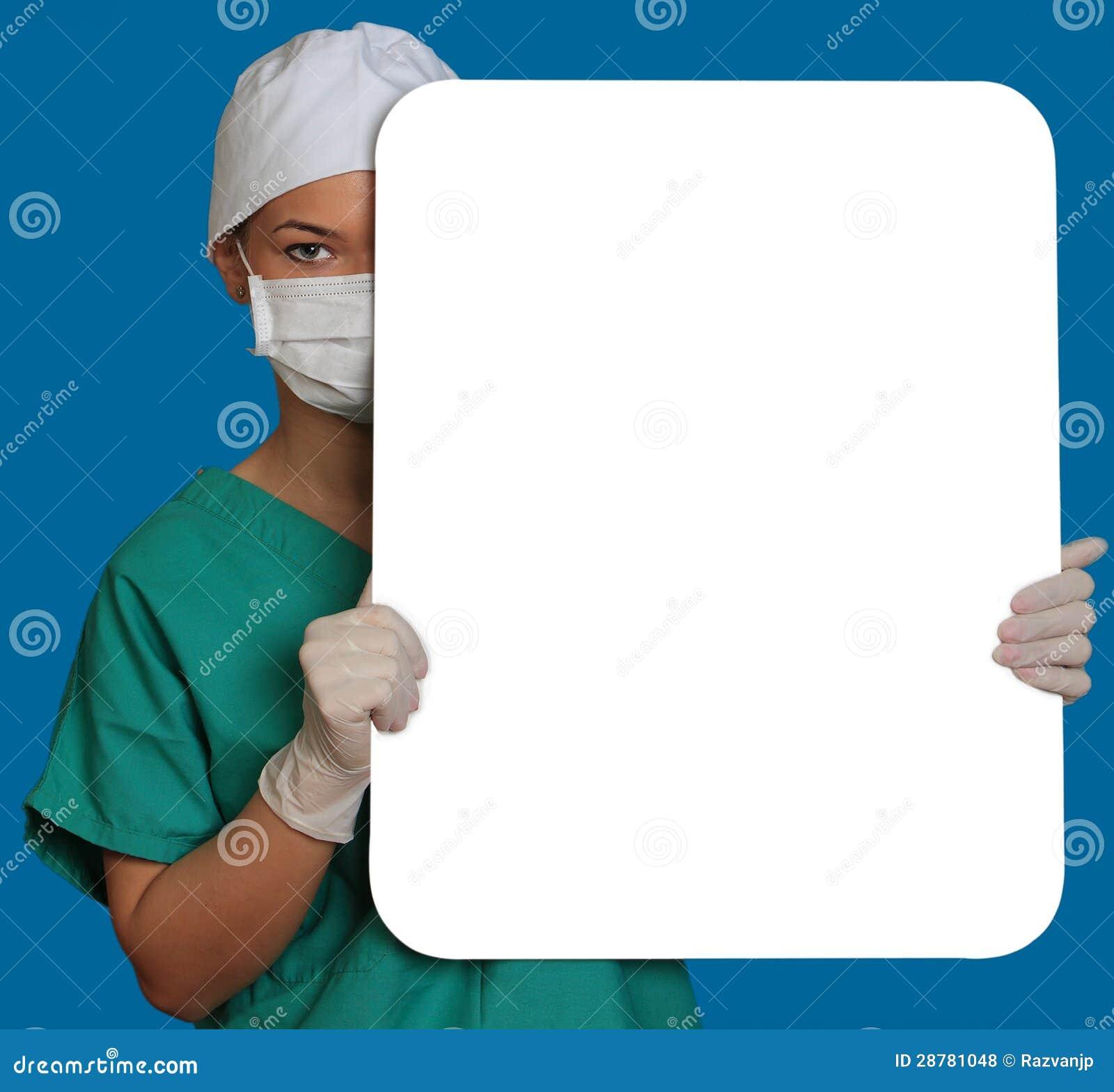 Γιατρός με ένα κενό χαρτόνι