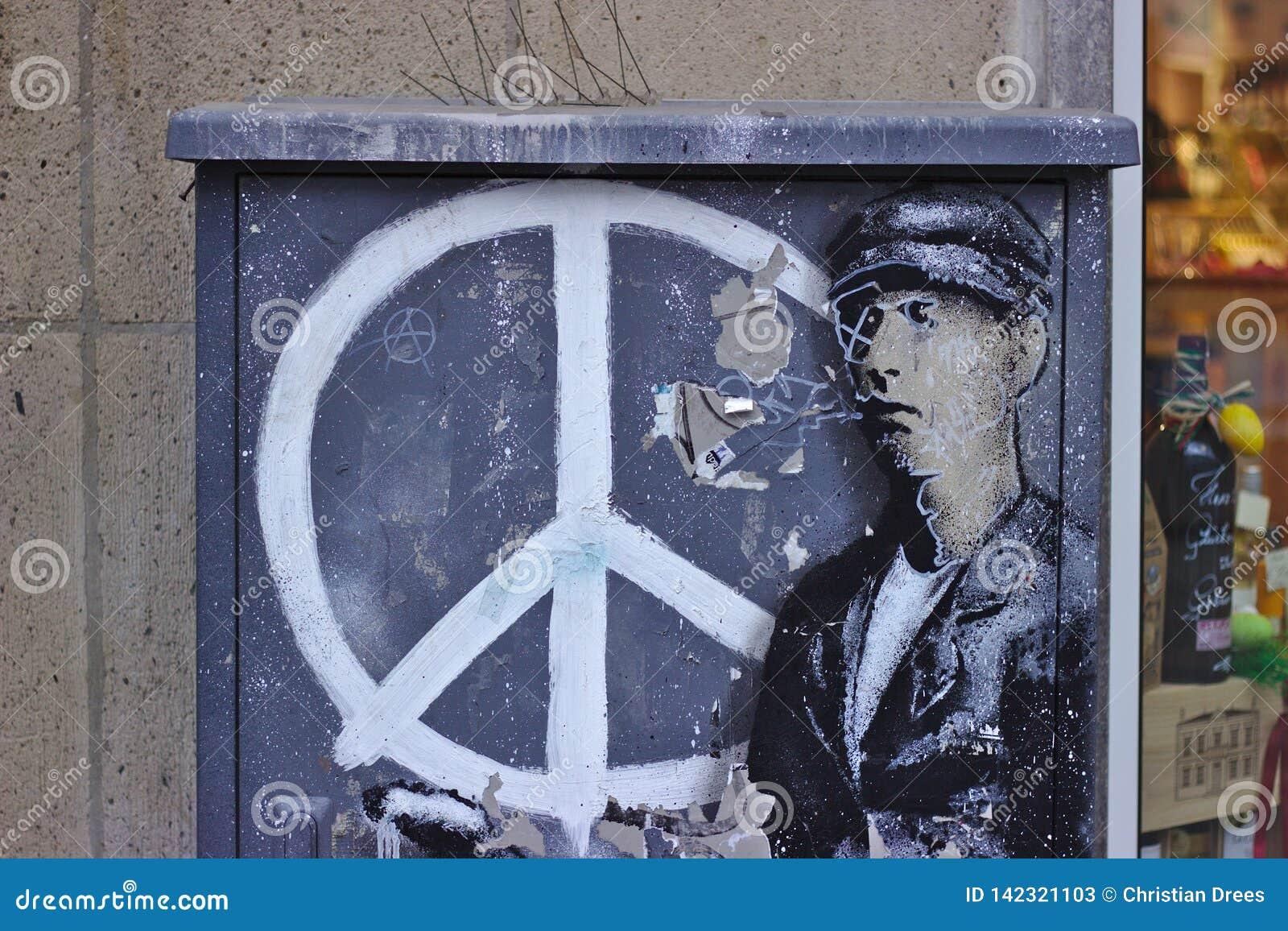 Γκράφιτι με το σημάδι ειρήνης