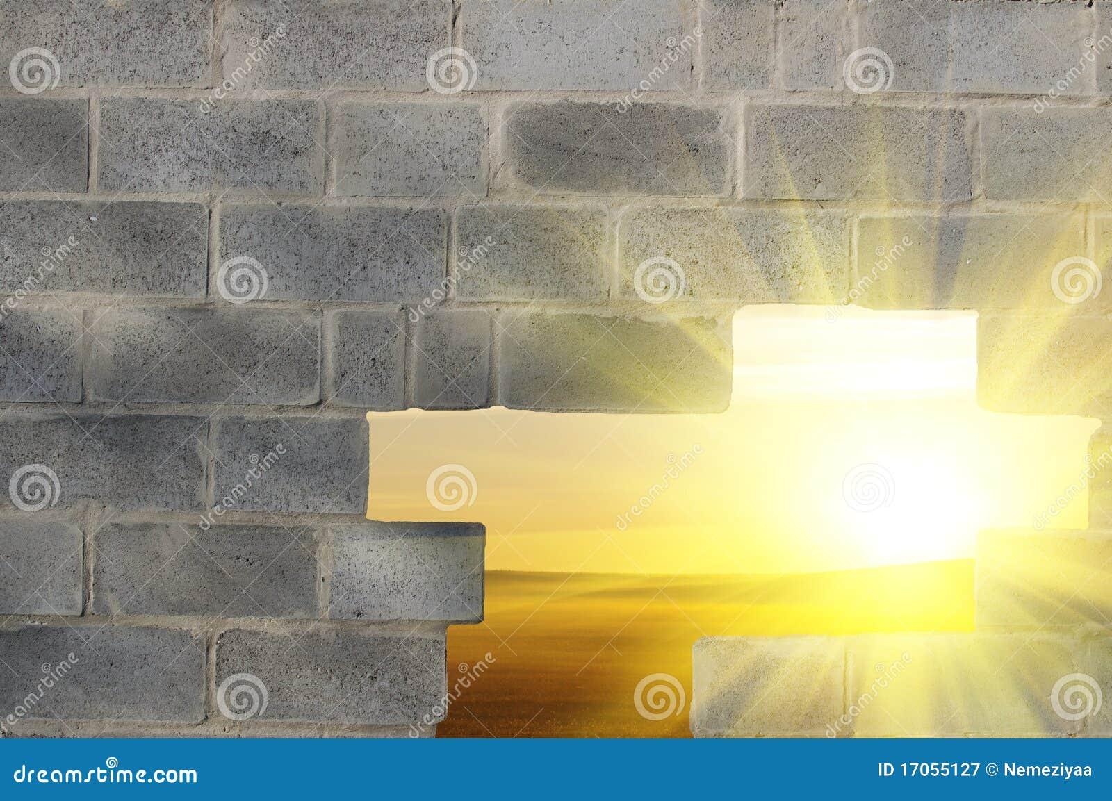γκρίζος τοίχος τρυπών