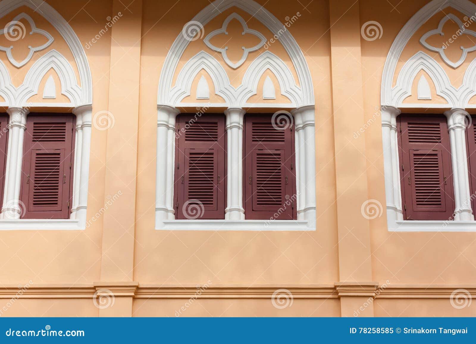 γοτθικά Windows ύφους