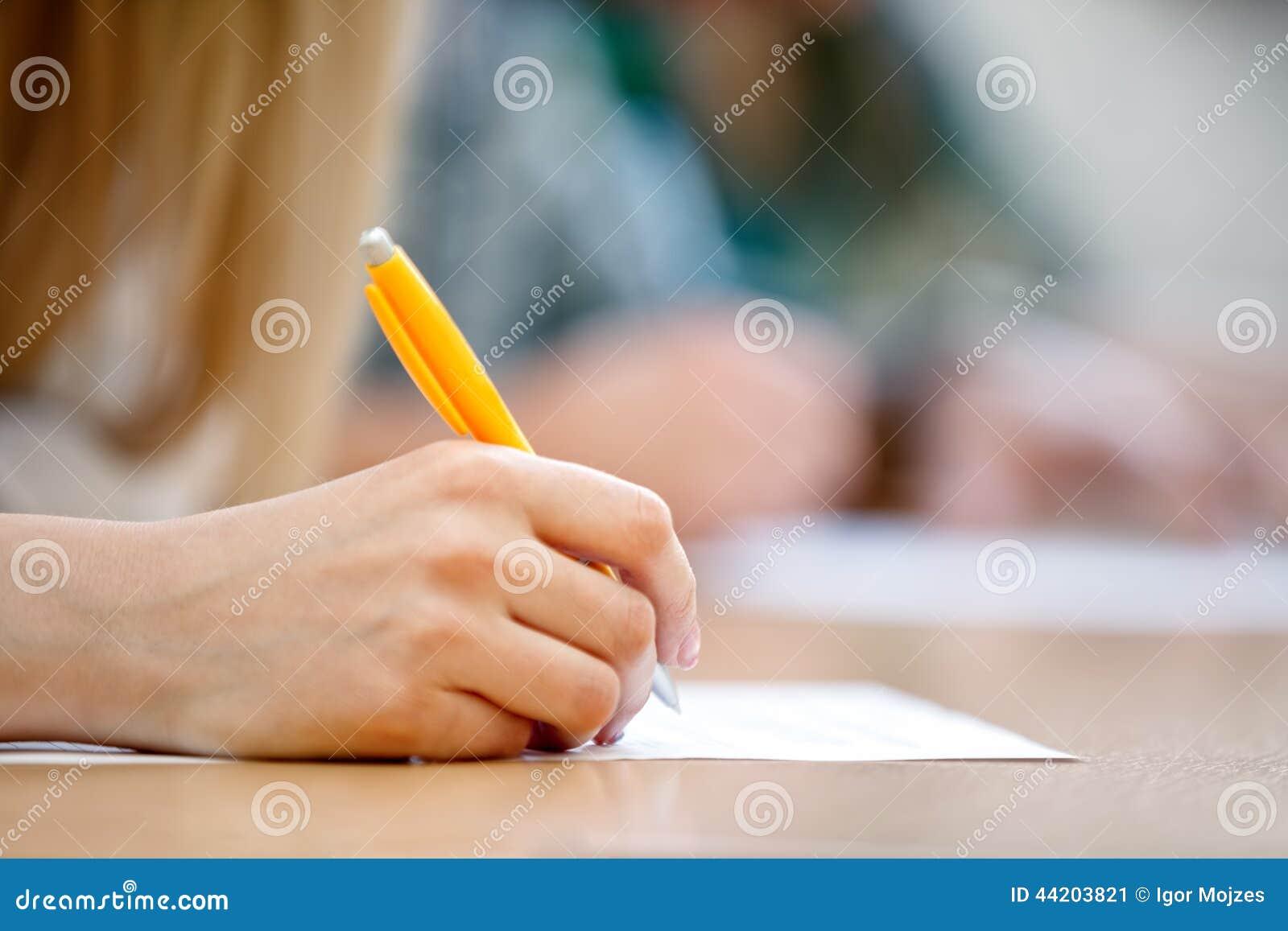 Γράφοντας χέρι