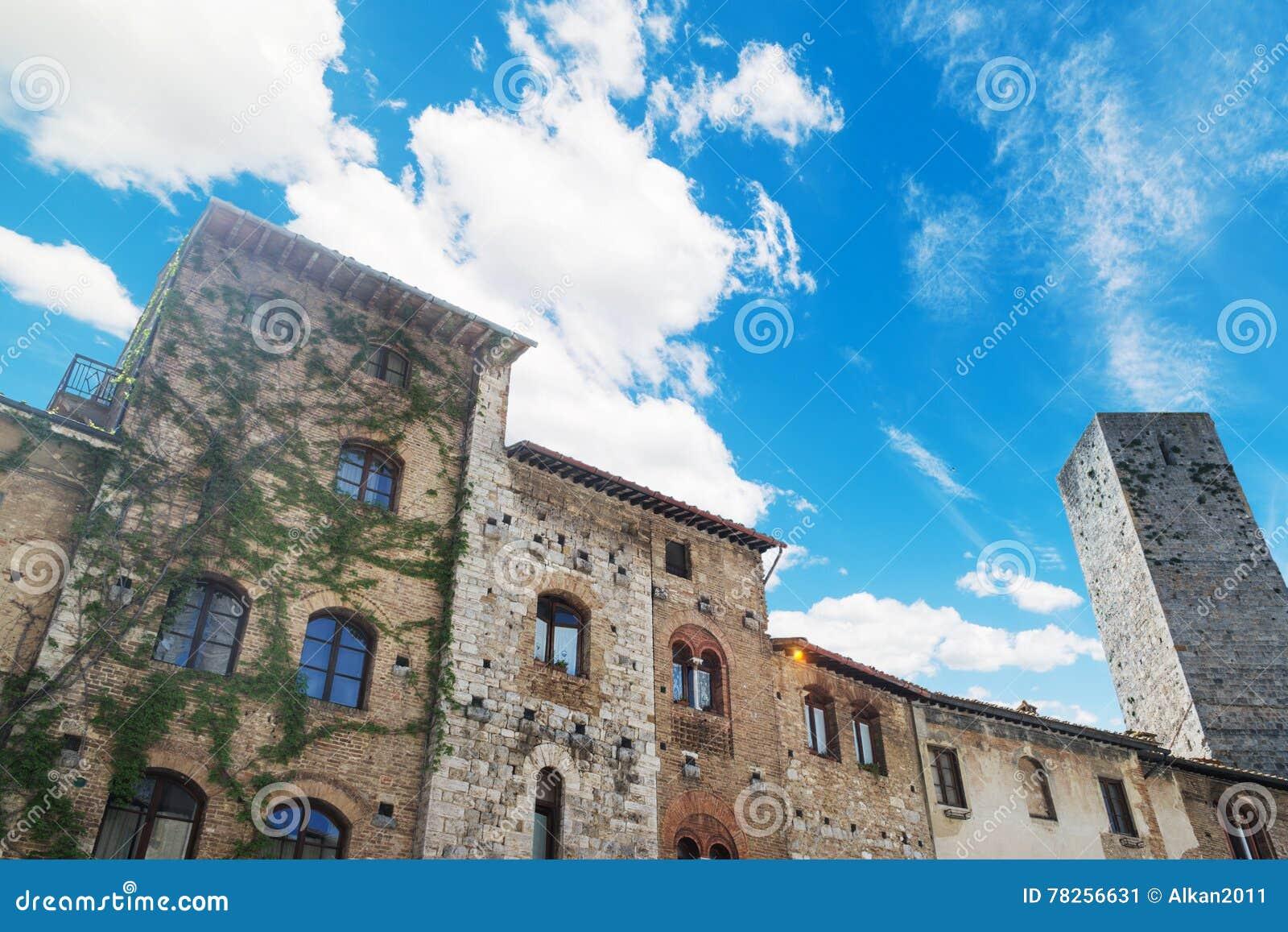 Γραφικό κτήριο στο SAN Gimignano