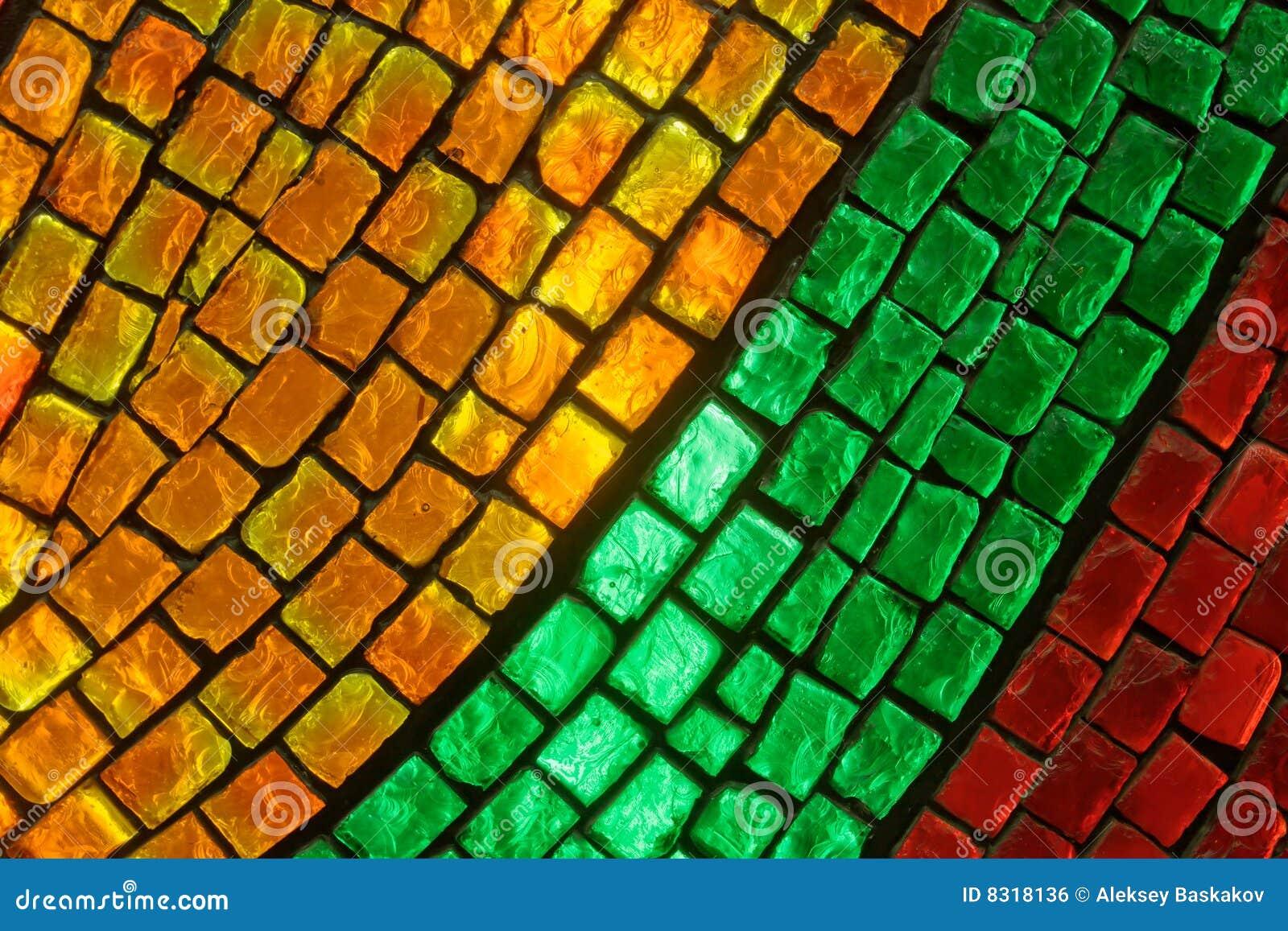 γυαλί που χρωματίζεται