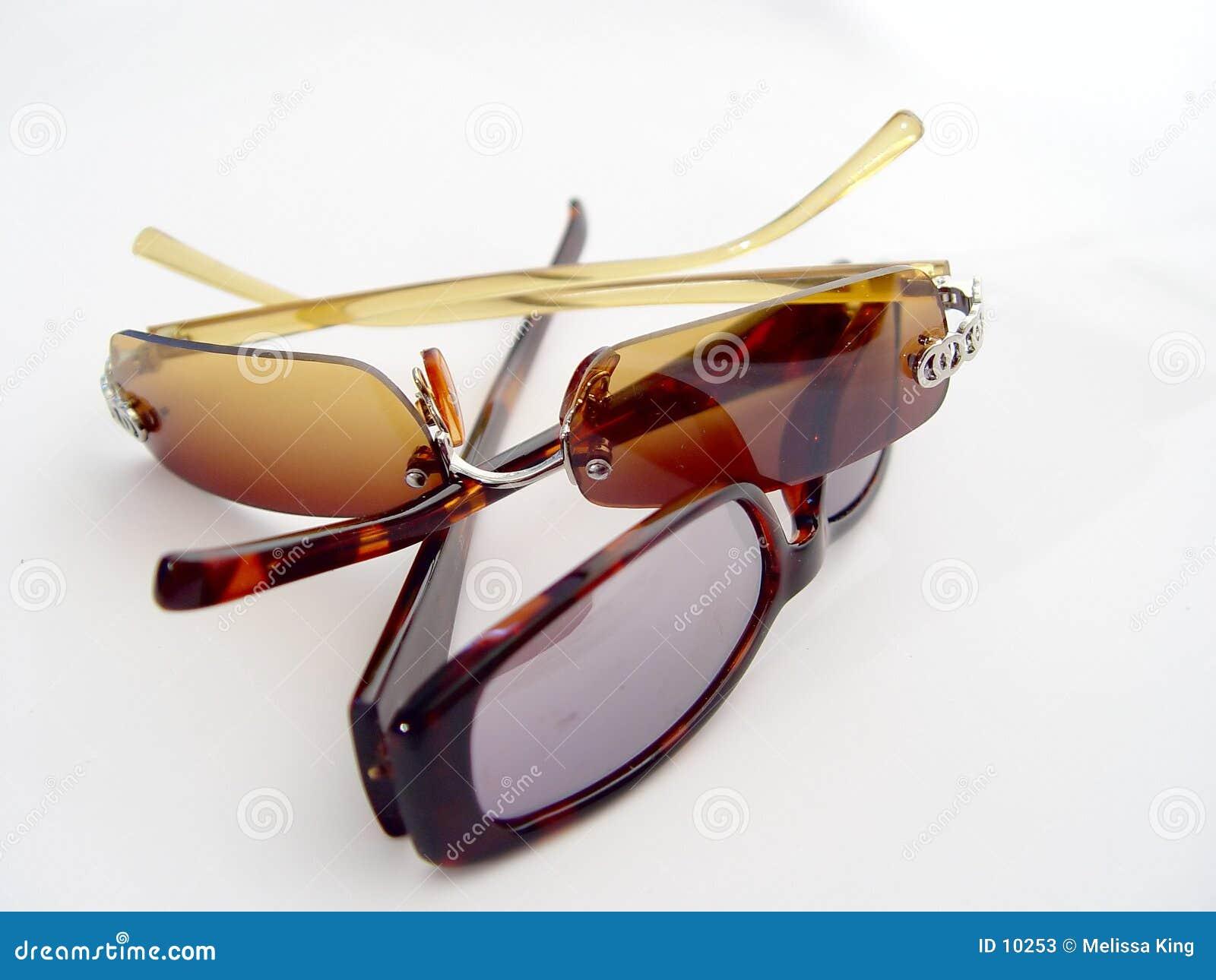 γυαλιά ηλίου δύο ζευγα&r
