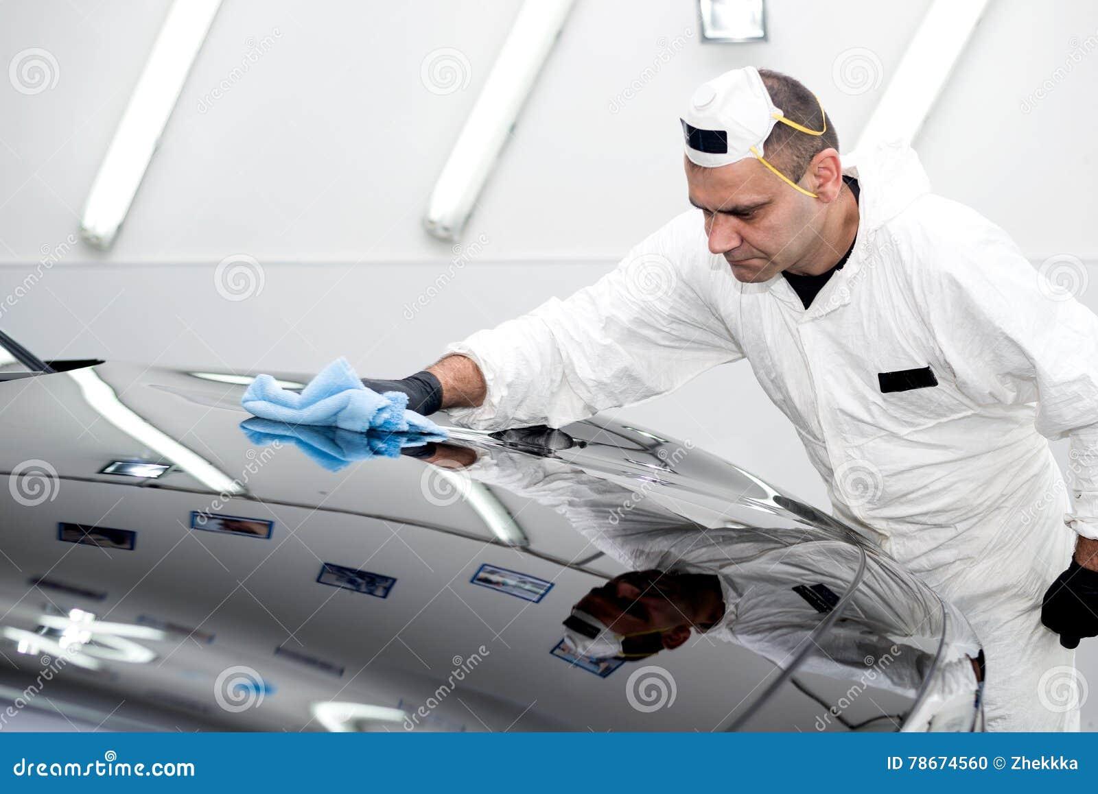 Γυαλισμένο μαύρο αυτοκίνητο