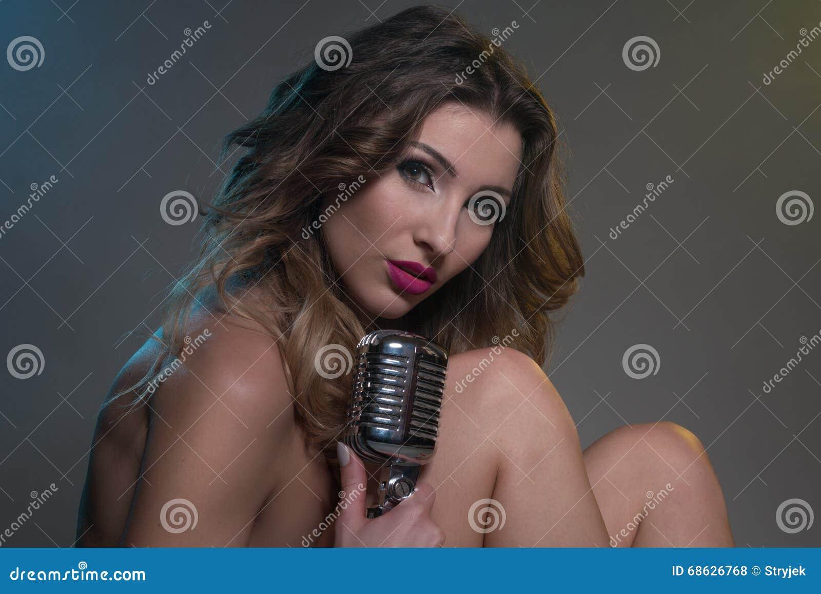 καυτά νέος γυμνό κορίτσι φωτογραφίες