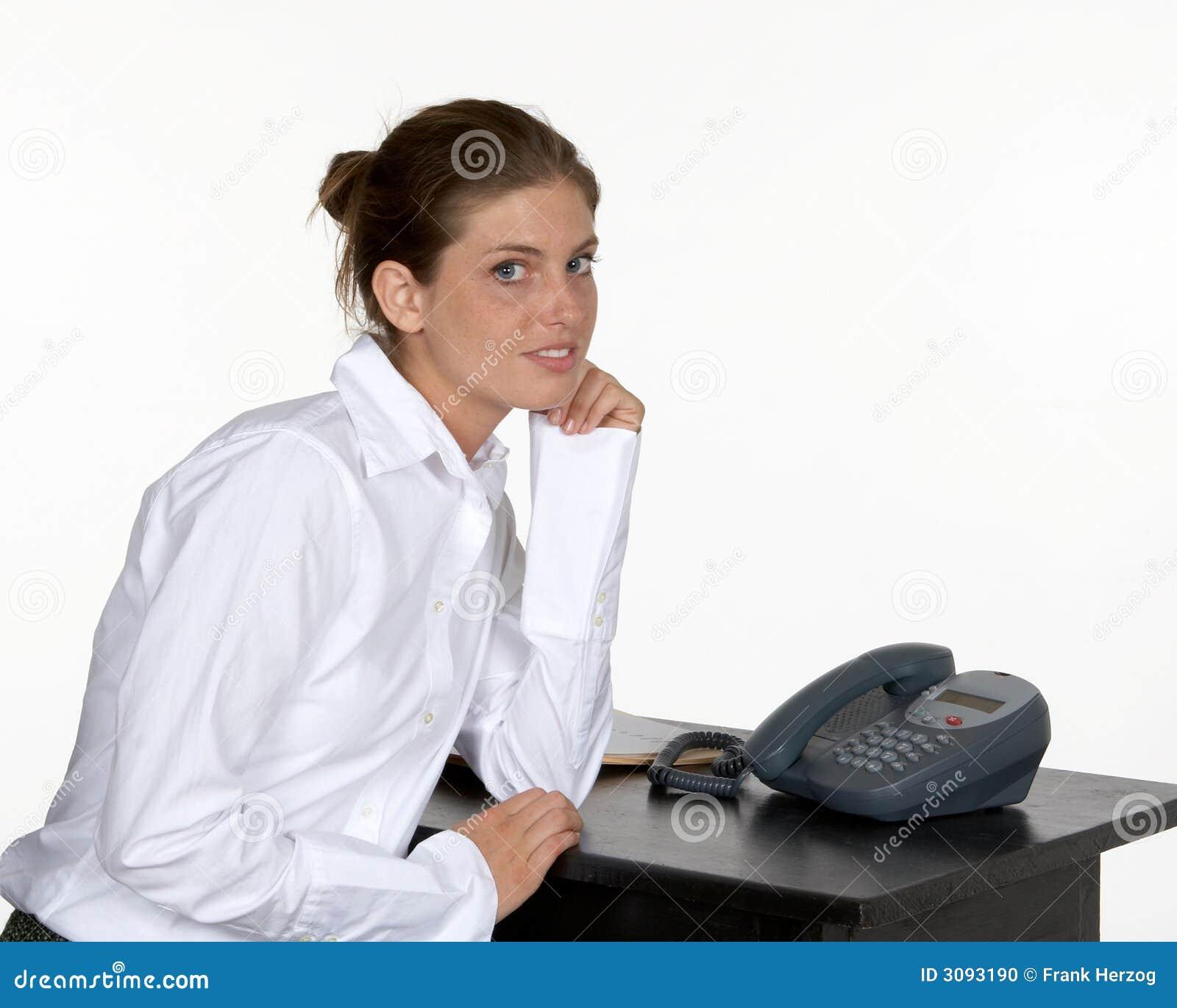 γυναίκα αγκώνων γραφείων