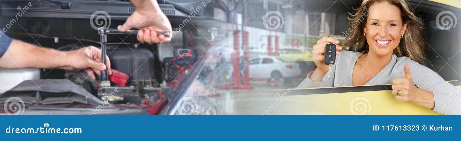 Γυναίκα με ένα πλήκτρο αυτοκινήτων