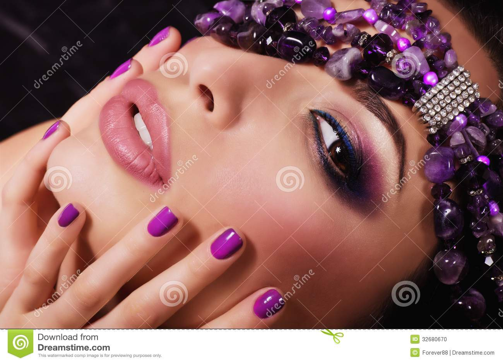 Γυναίκα με το makeup
