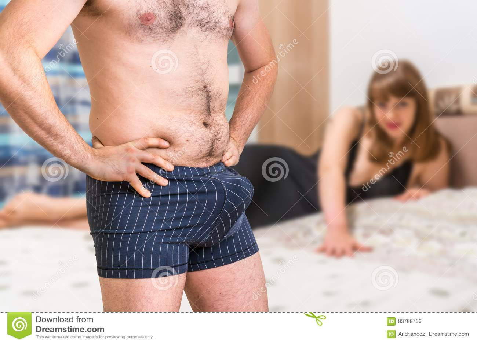 εσώρουχα μεγάλο πουλί λυκάνθρωπος πορνό ταινίες