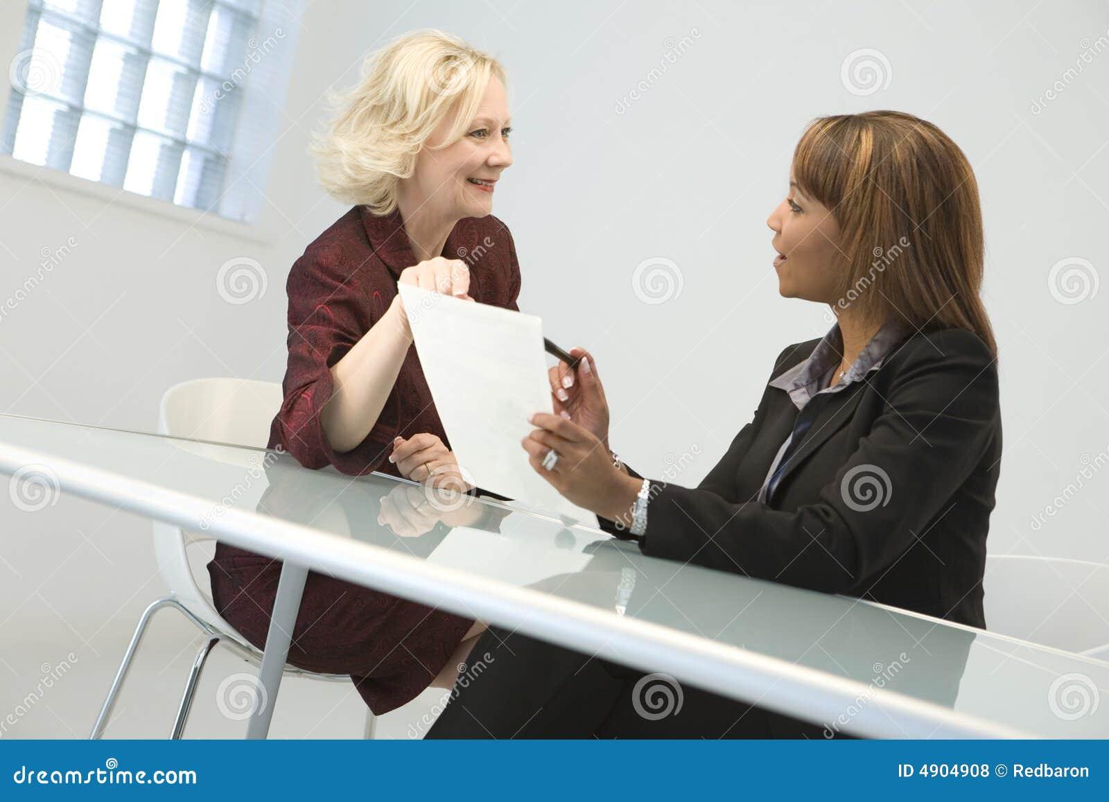 γυναίκες επιχειρησιακή