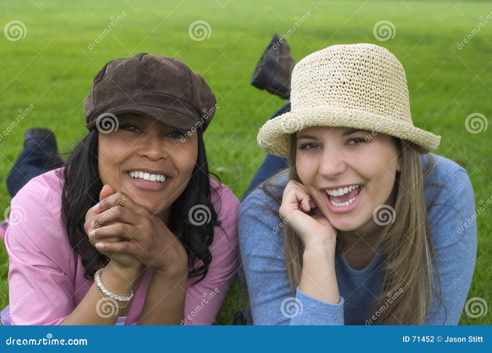 γυναίκες φίλων