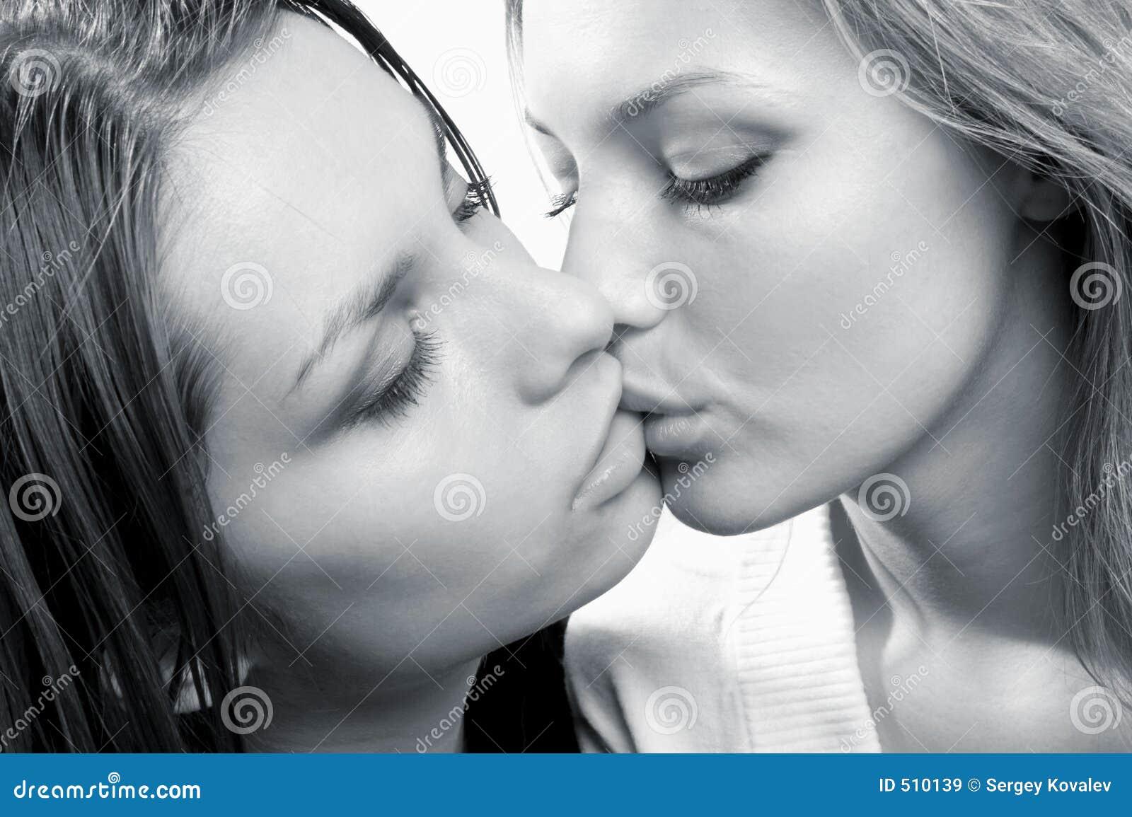 Teen κορίτσια αγαπούν μεγάλο στρόφιγγες