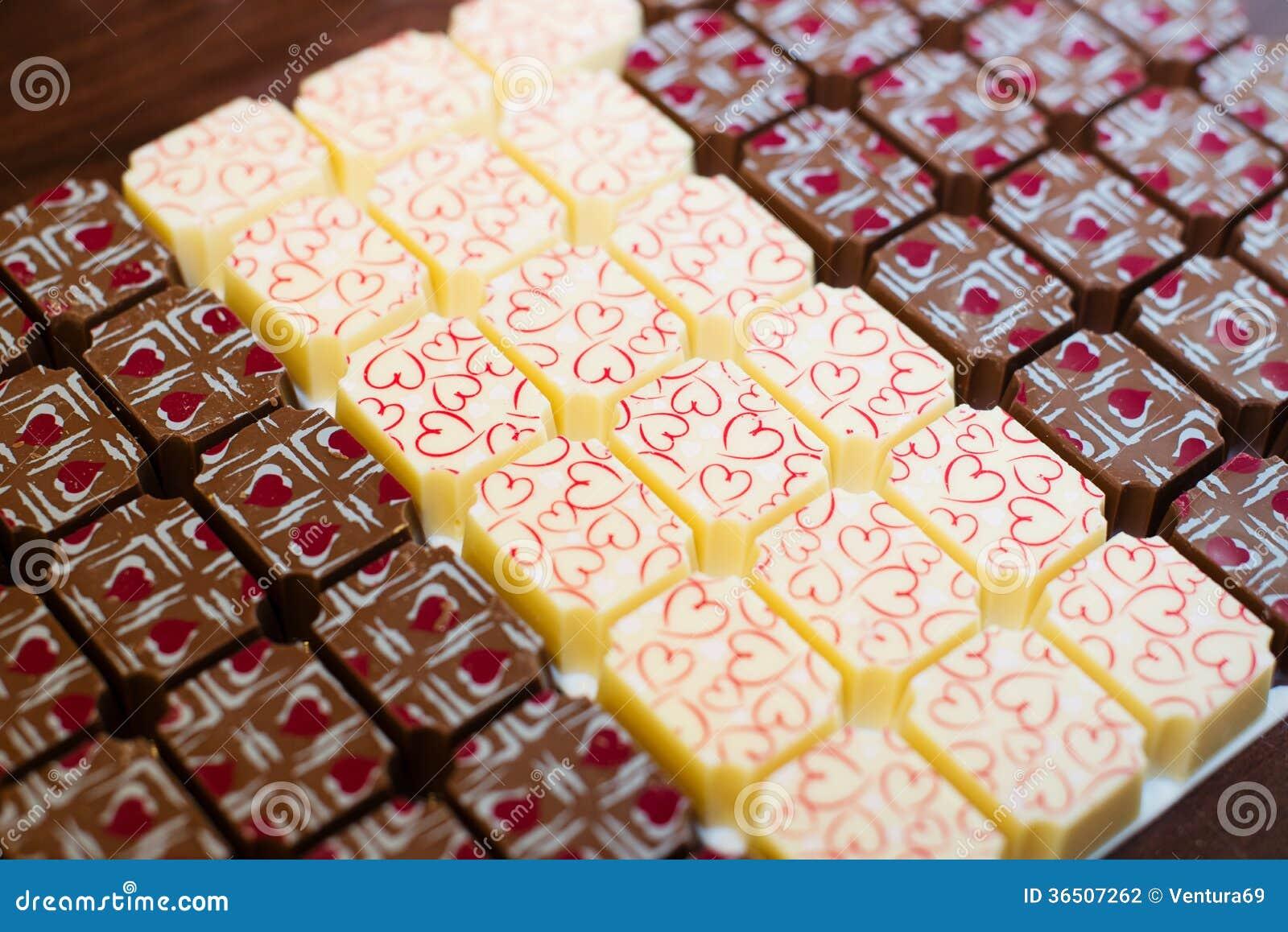 Γλυκά σοκολάτας με τις καρδιές