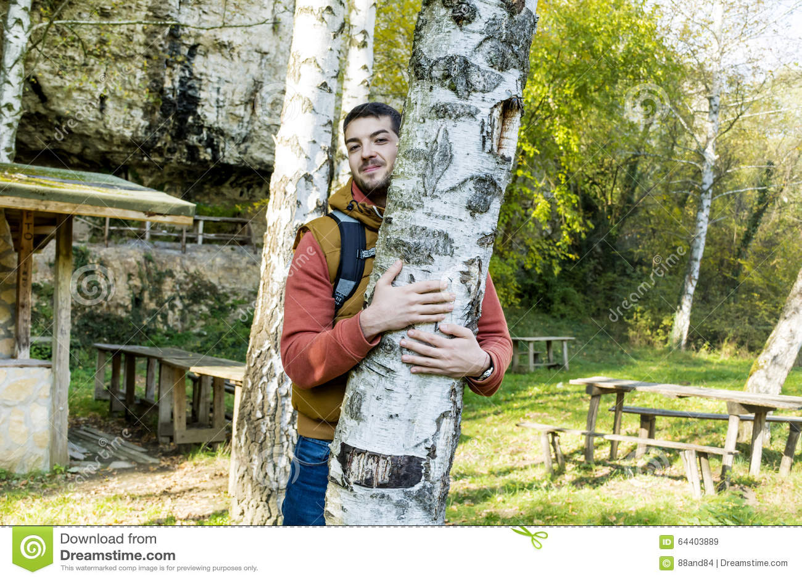 Δέντρο Hugger φύση αγάπης