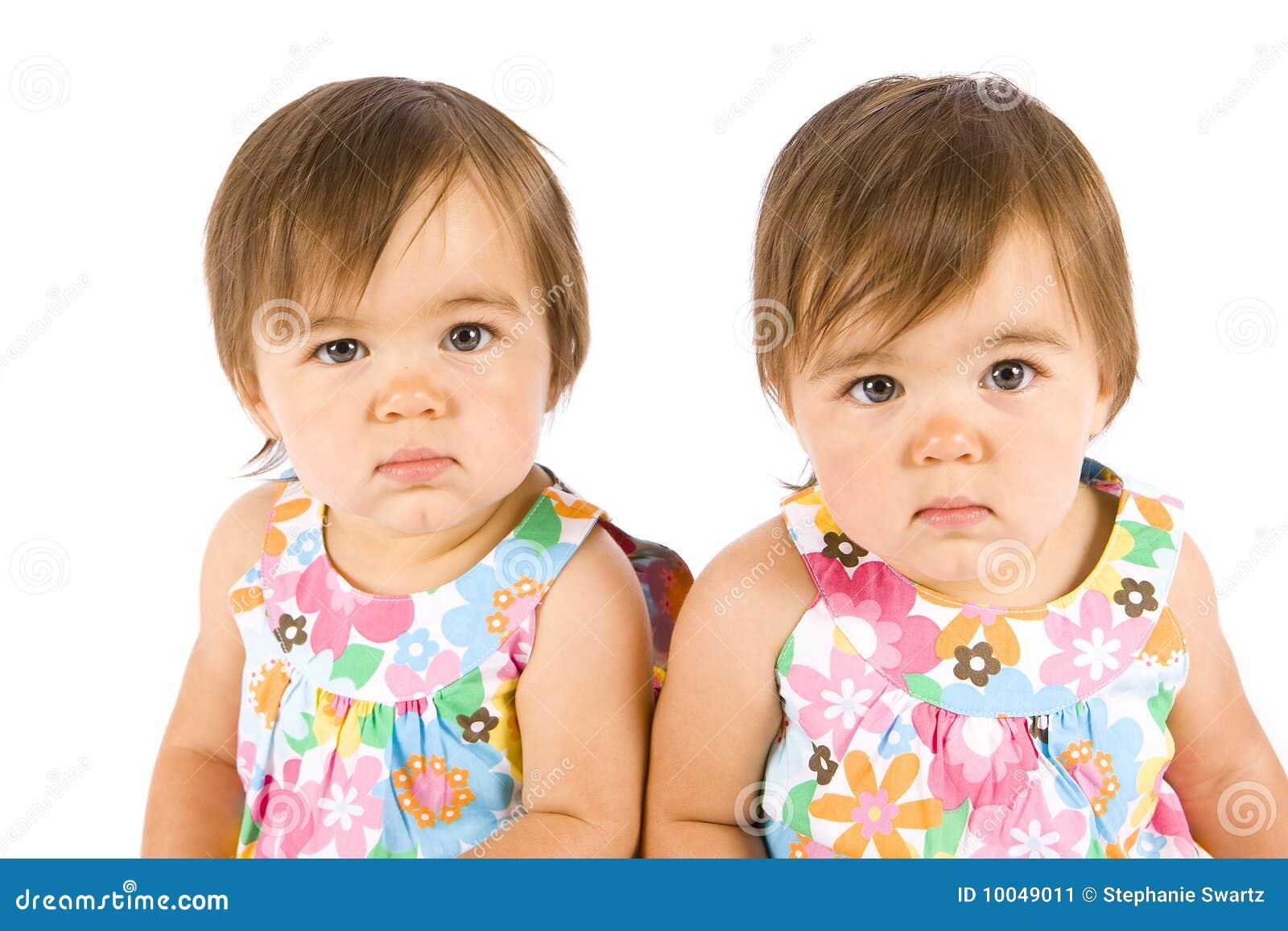 δίδυμο μωρών
