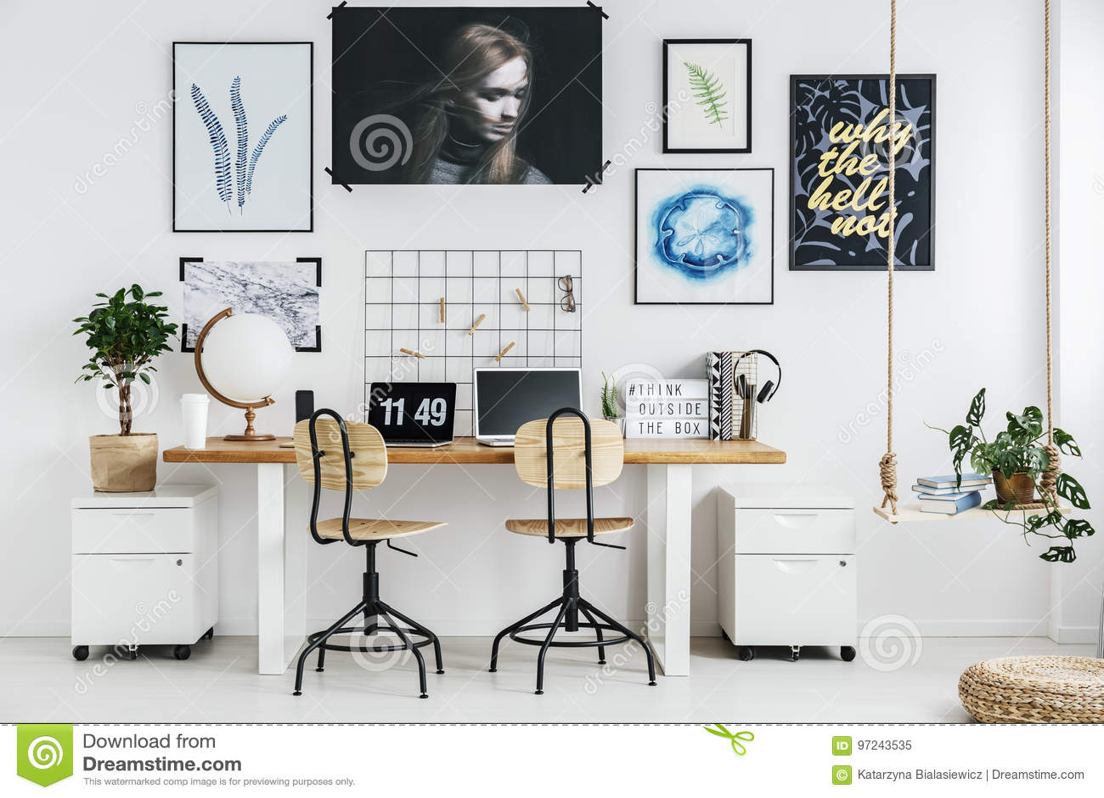 Δημιουργικός εργασιακός χώρος στο σπίτι