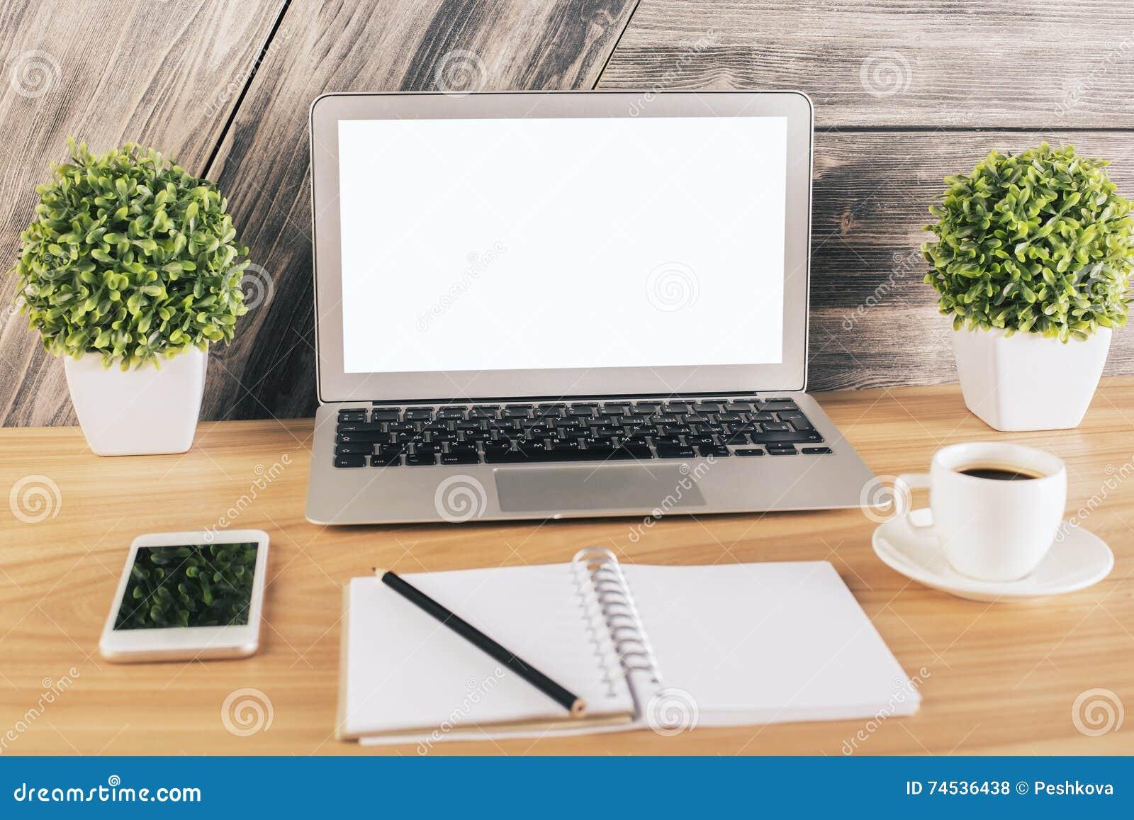 Δημιουργικός υπολογιστής γραφείου γραφείων
