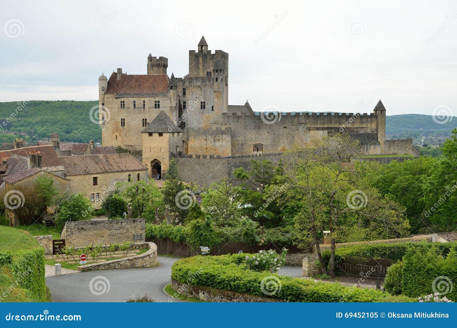 Διάσημο κάστρο του γαλλικού τμήματος Dordogne