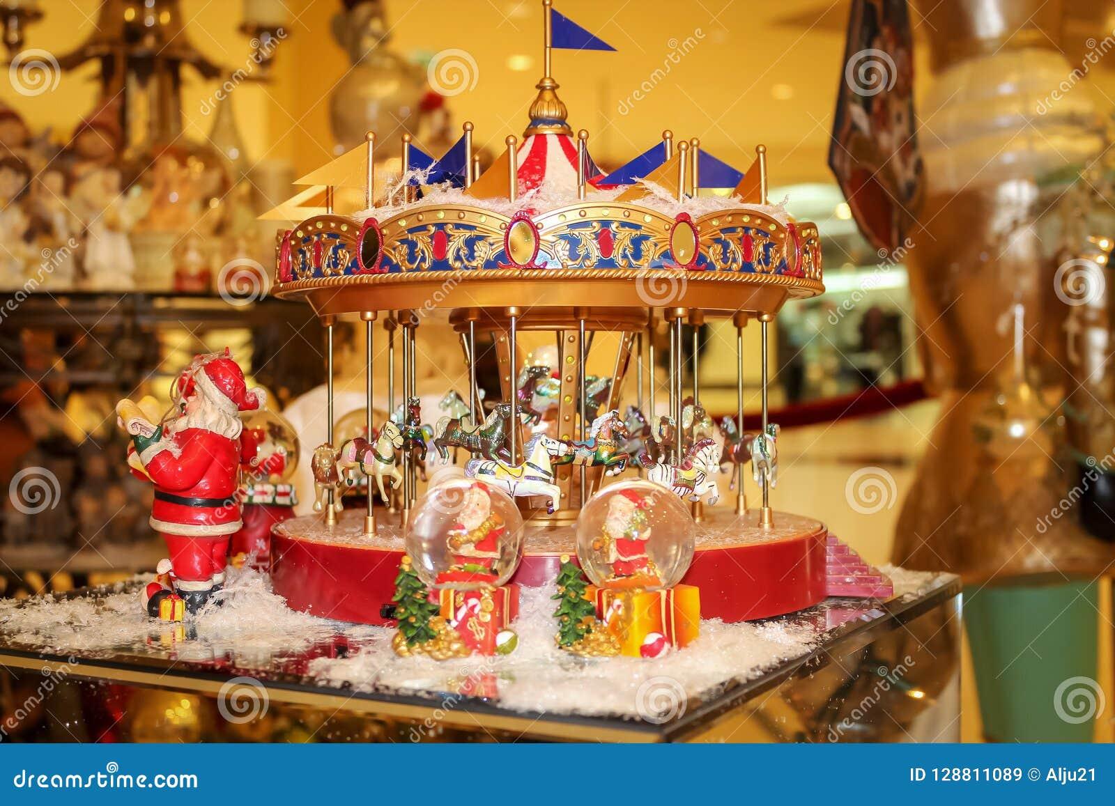 Διακοσμήσεις και αναμνηστικά Χριστουγέννων Μουσικό ιπποδρόμιο Χριστουγέννων Θερμή τονισμένη φωτογραφία