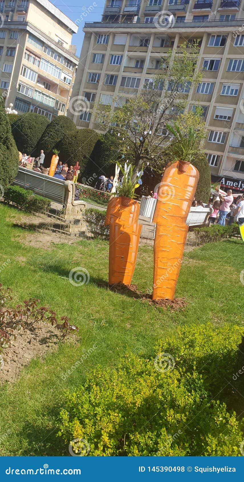 Διακοσμήσεις Πάσχας στο τετράγωνο ένωσης Timisoara Ρουμανία για τις καθολ