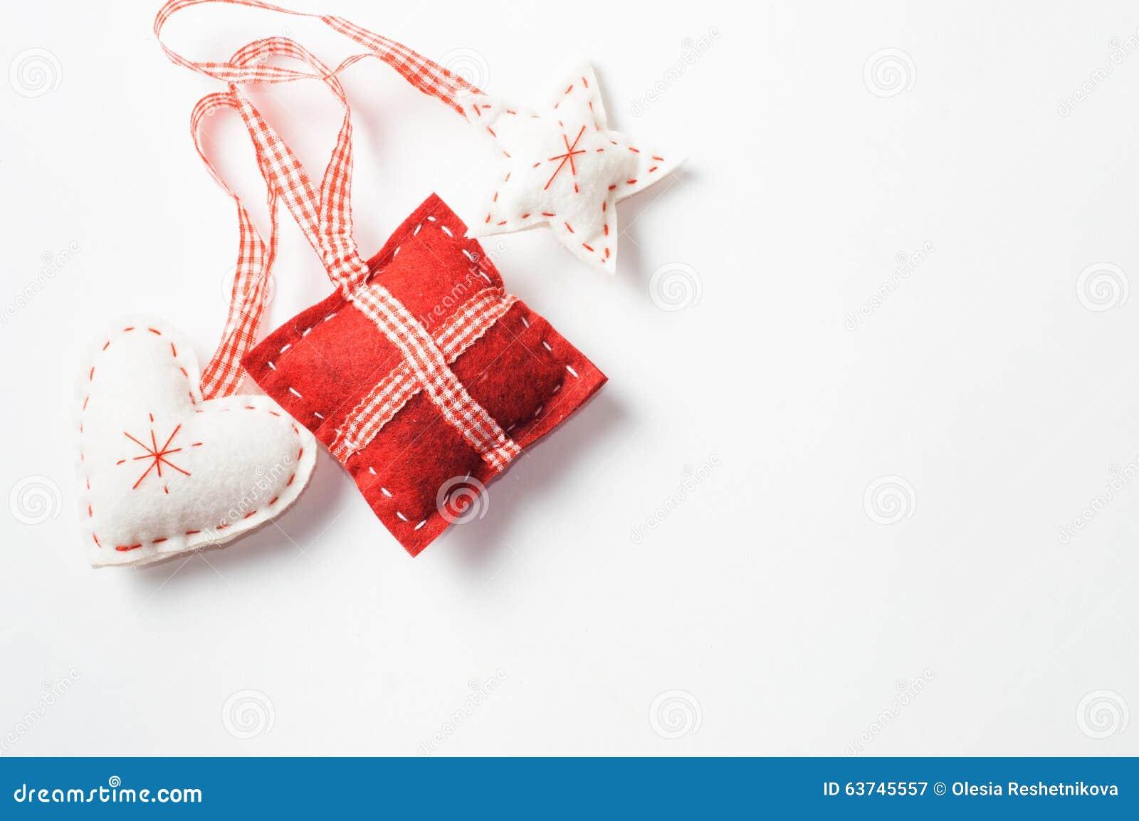 Διακοσμήσεις Χριστουγέννων φιαγμένες από αισθητός