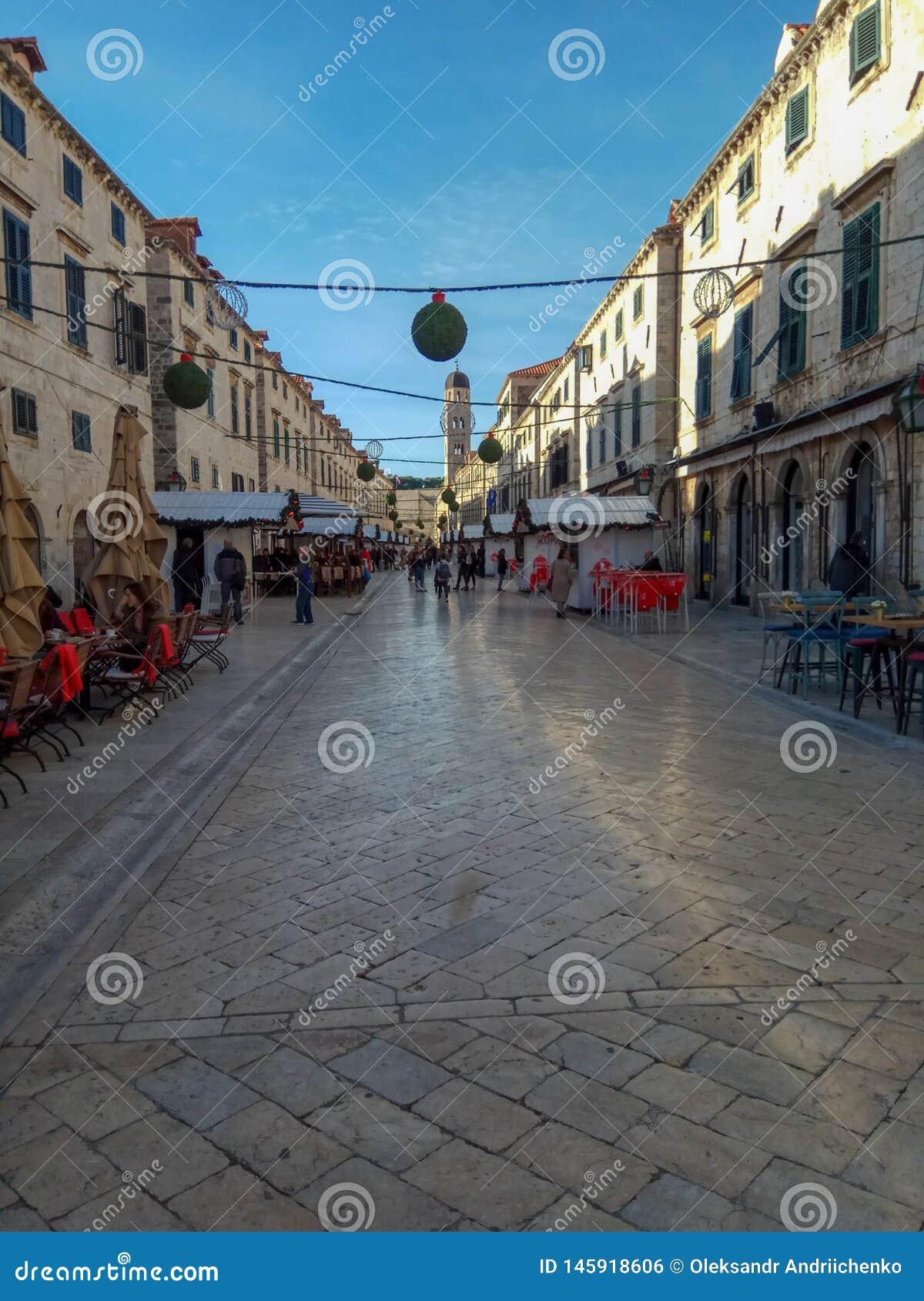 Διακόσμηση οδών στην παλαιά πόλη Dubrovnik, Κροατία Καταπληκτική αρχαία αρχιτεκτονική, καθεδρικός ναός, τετραγωνικός