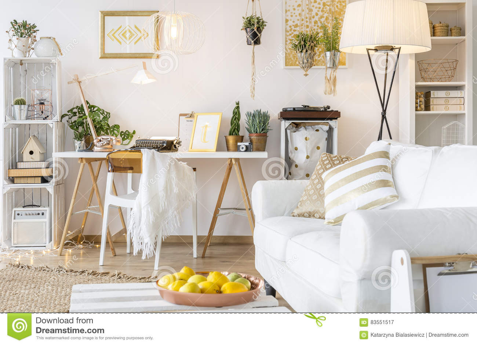 Διαμέρισμα με τα χρυσά ντεκόρ