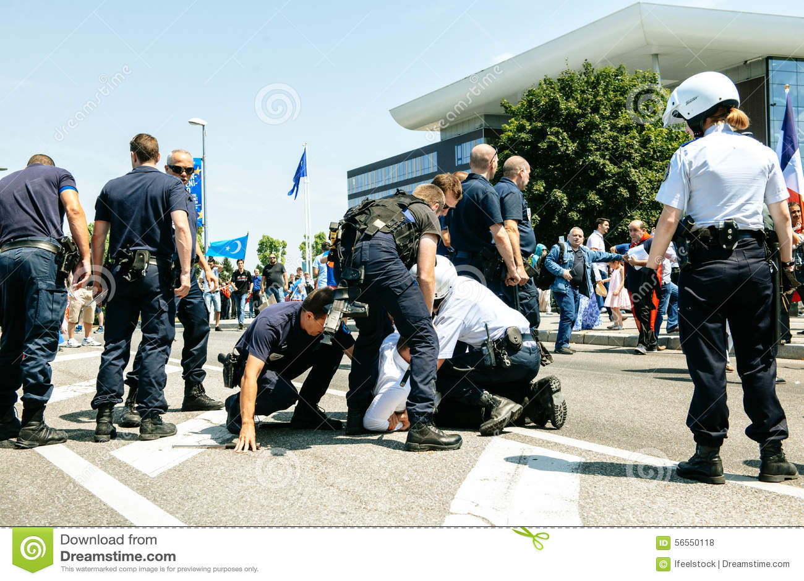 Download Διαμαρτυρία ενεργών στελεχών των ανθρώπινων δικαιωμάτων Uyghur Εκδοτική Στοκ Εικόνες - εικόνα από ταραχή, μορφή: 56550118