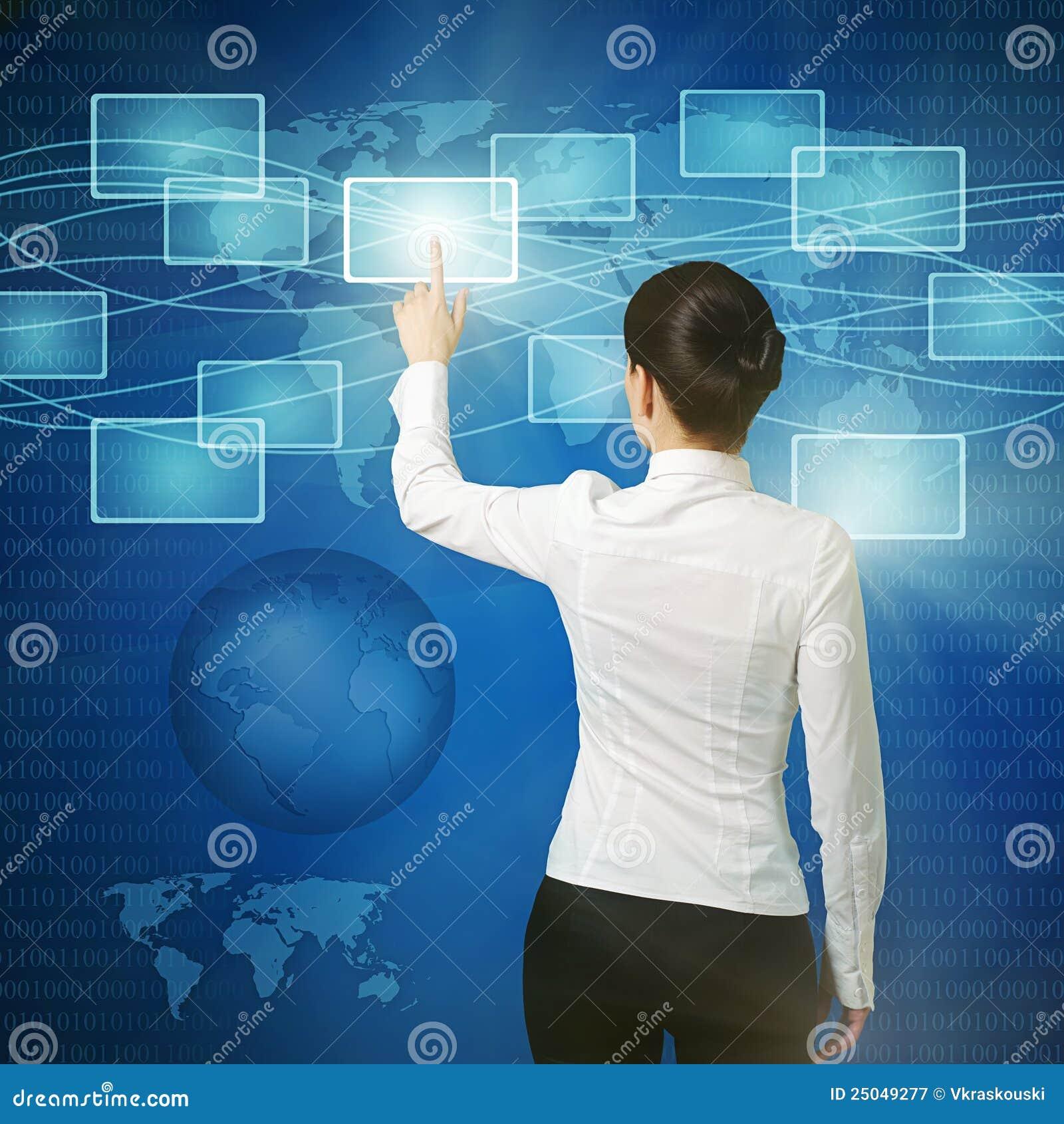 διαπροσωπεία Ομάν κουμπιών που ωθεί τον εικονικό Ιστό
