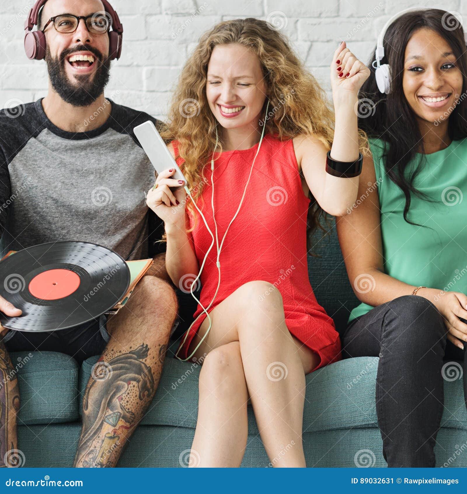 Διαφορετική έννοια μουσικής τεχνολογίας ενότητας ανθρώπων κοινοτική