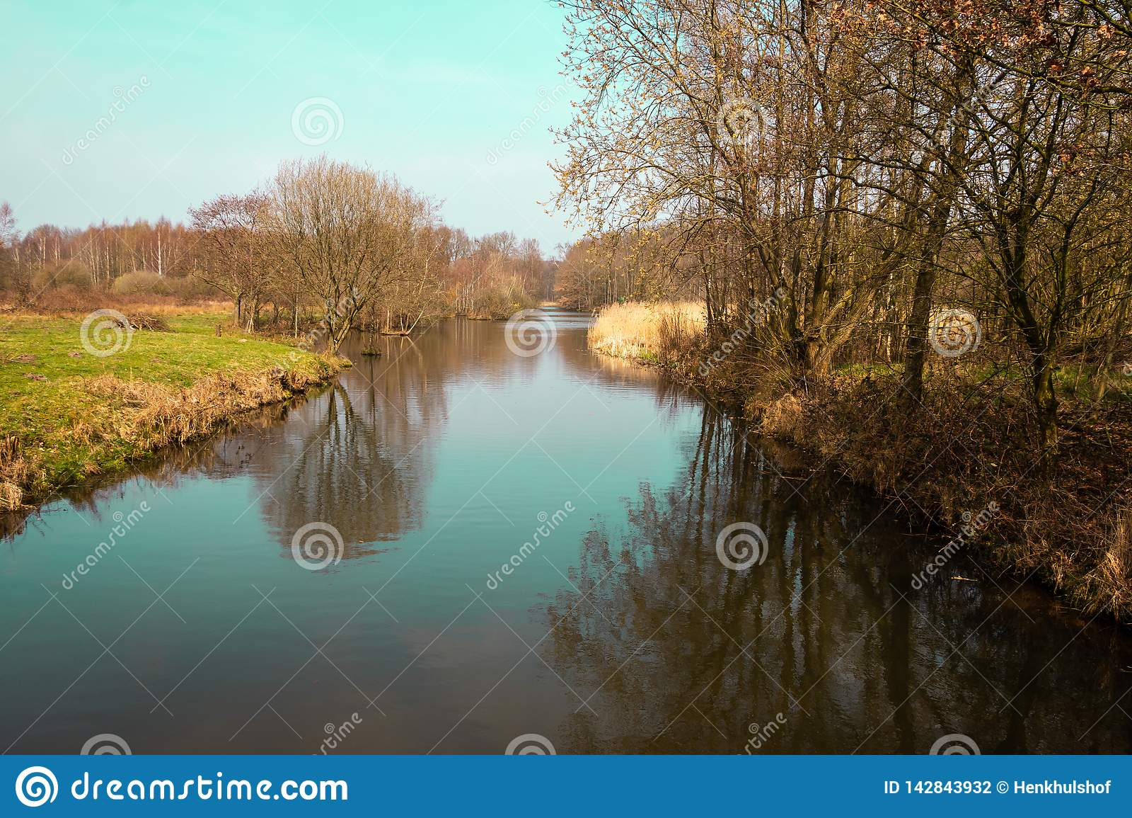 Διοχετεύστε το Zandwetering κοντινό Hengforden