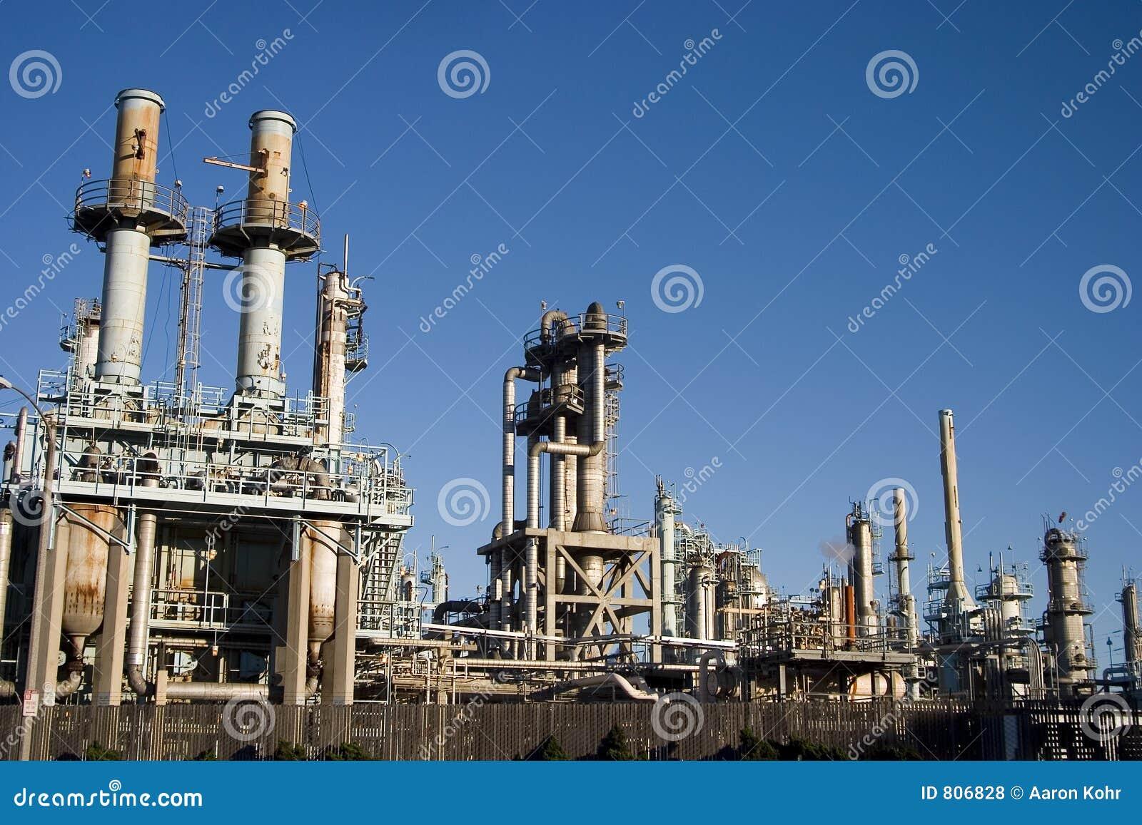 διυλιστήριο πετρελαίου 2