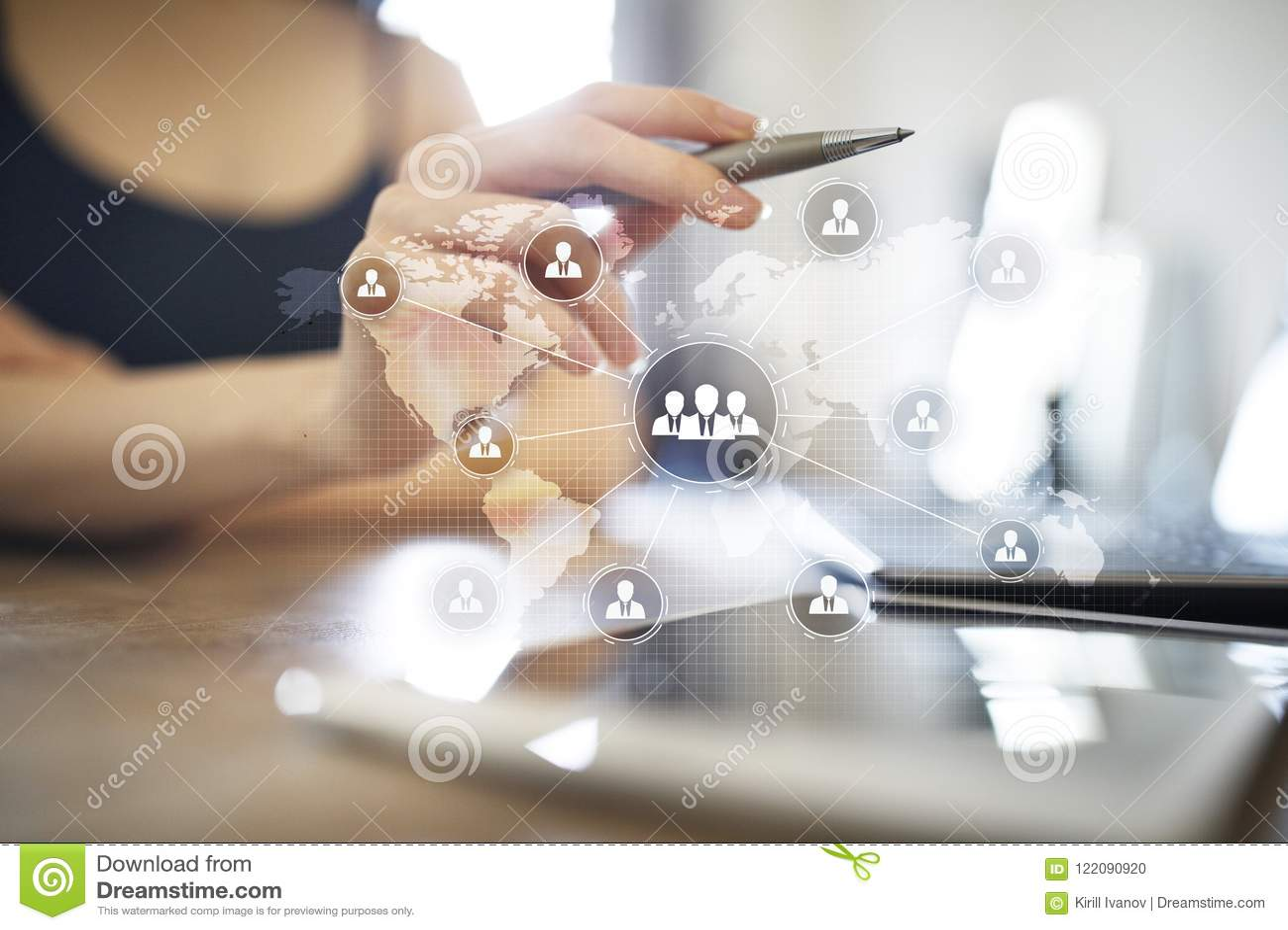 Δομή οργάνωσης ανθρώπων Ωρ. Ανθρώπινα δυναμικά και στρατολόγηση Επικοινωνία, τεχνολογία Διαδικτύου χρυσή ιδιοκτησία βασικών πλήκτ