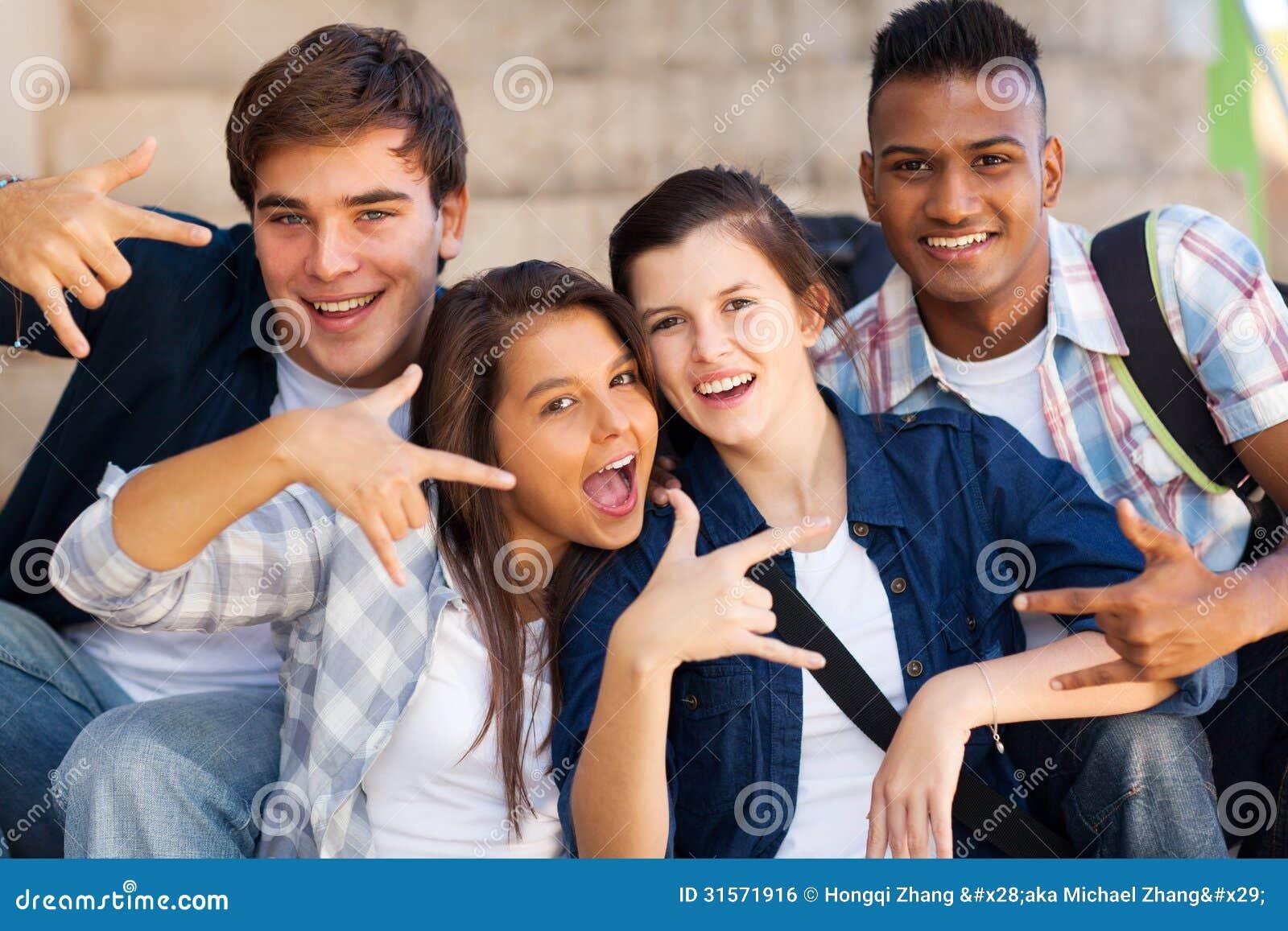 Δροσεροί έφηβοι ομάδας