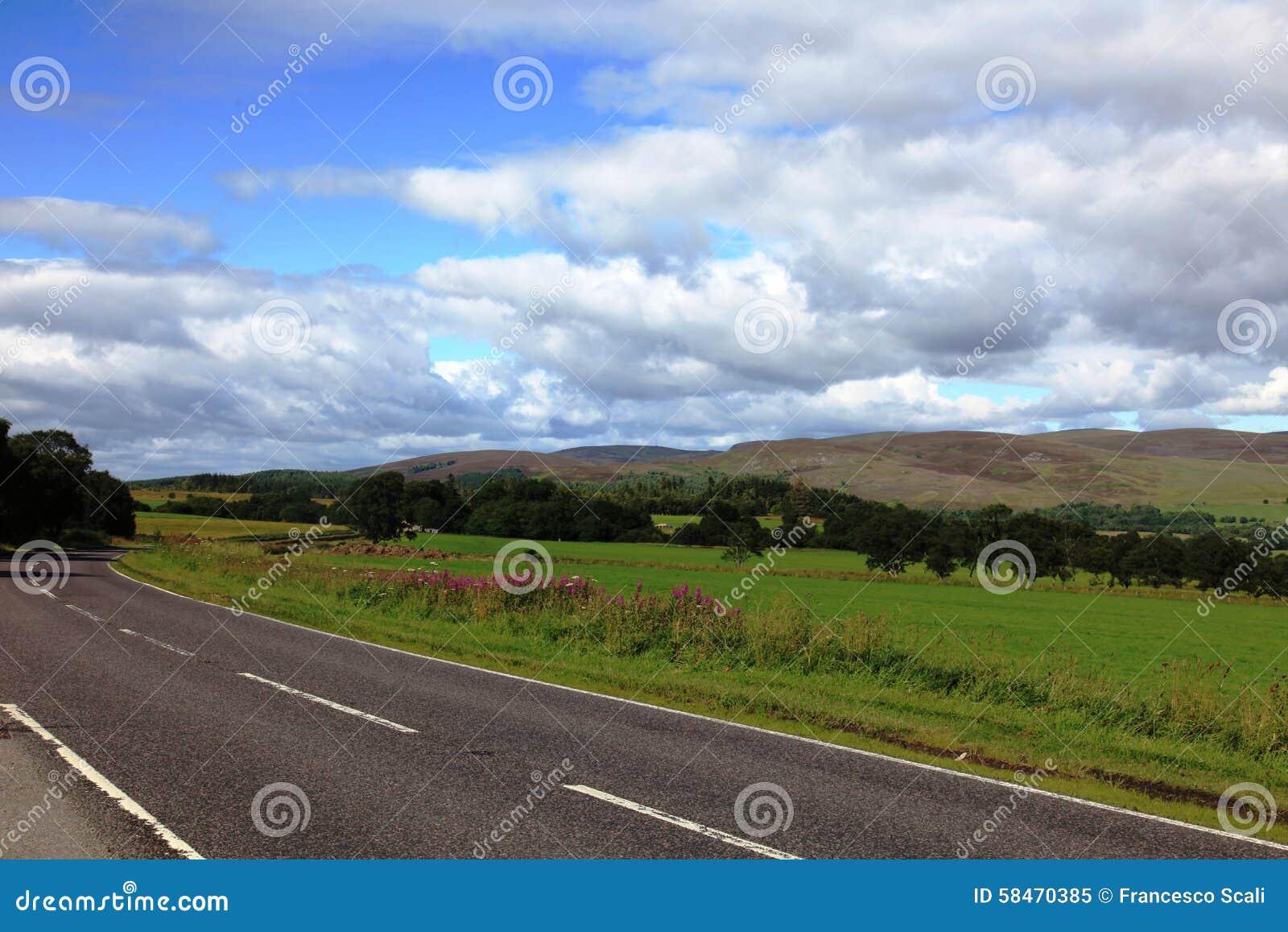 Δρόμος στο εθνικό πάρκο Cairngorms, Σκωτία