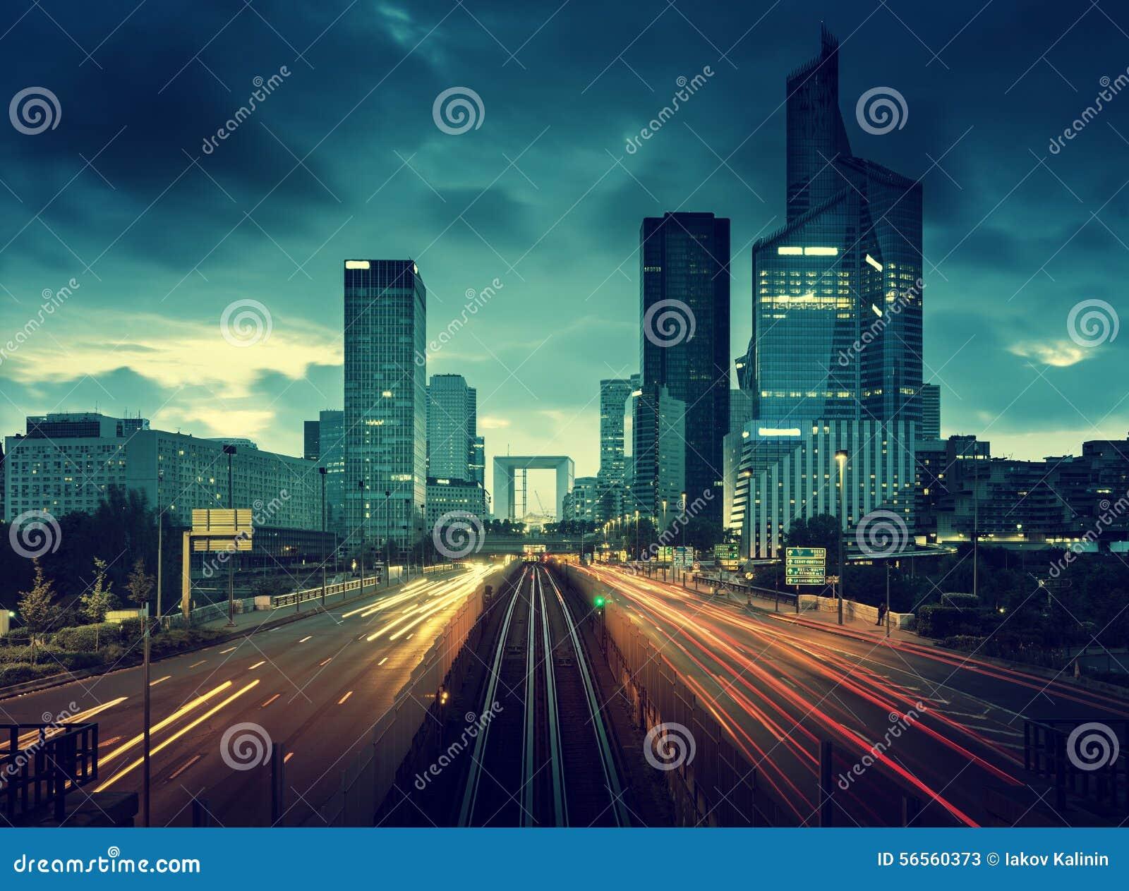 Download Δρόμος στο Παρίσι LaDefense, Γαλλία Στοκ Εικόνα - εικόνα από επιχείρηση, φως: 56560373