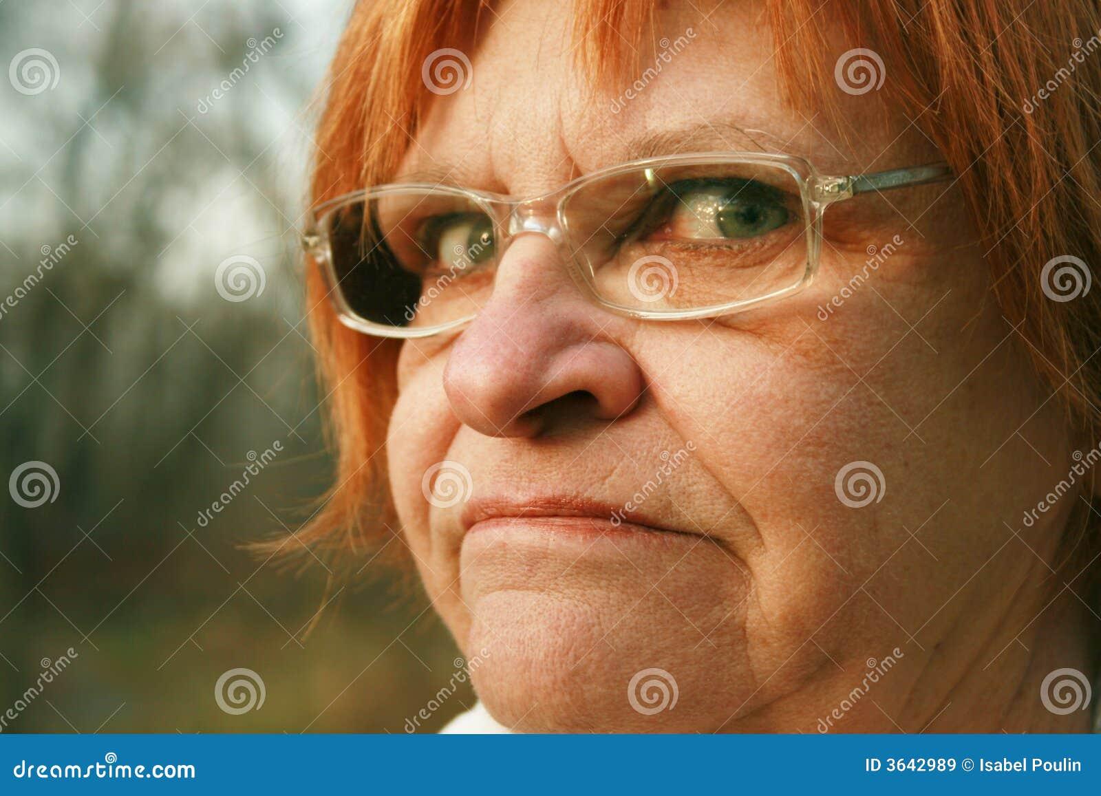 δυστυχισμένη γυναίκα