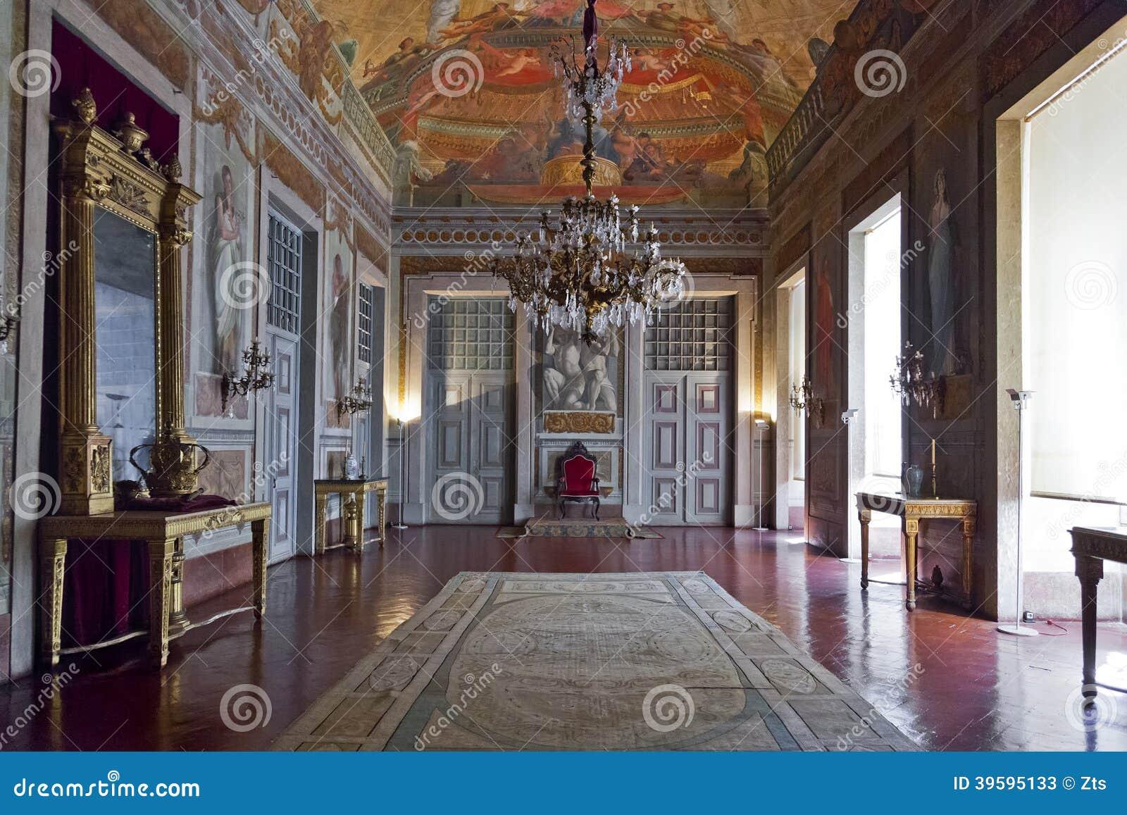 Δωμάτιο θρόνων ή δωμάτιο ακροατηρίων. Παλάτι της Μάφρα