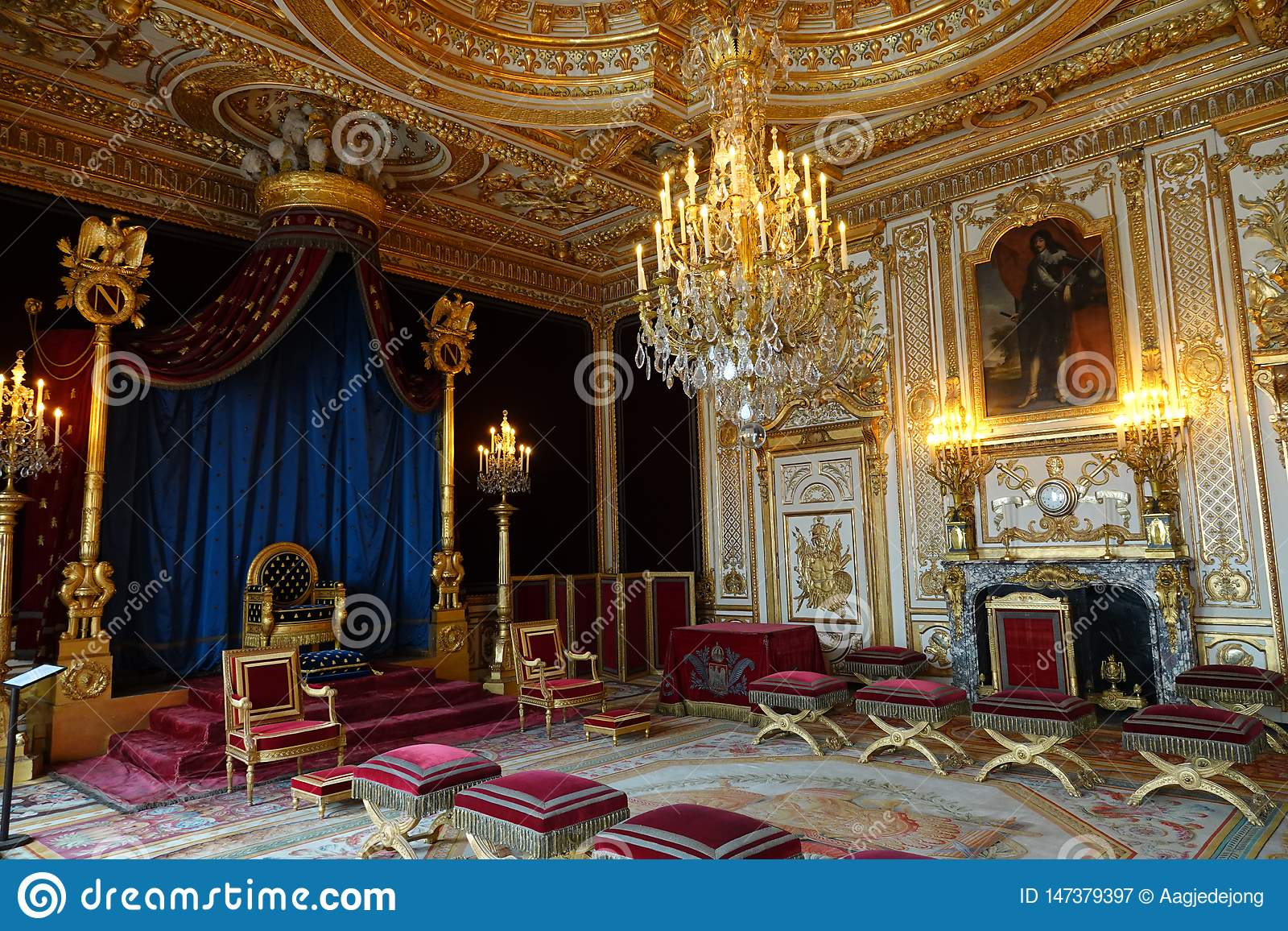 Δωμάτιο Trone του παλατιού του Φοντενμπλώ στη Γαλλία